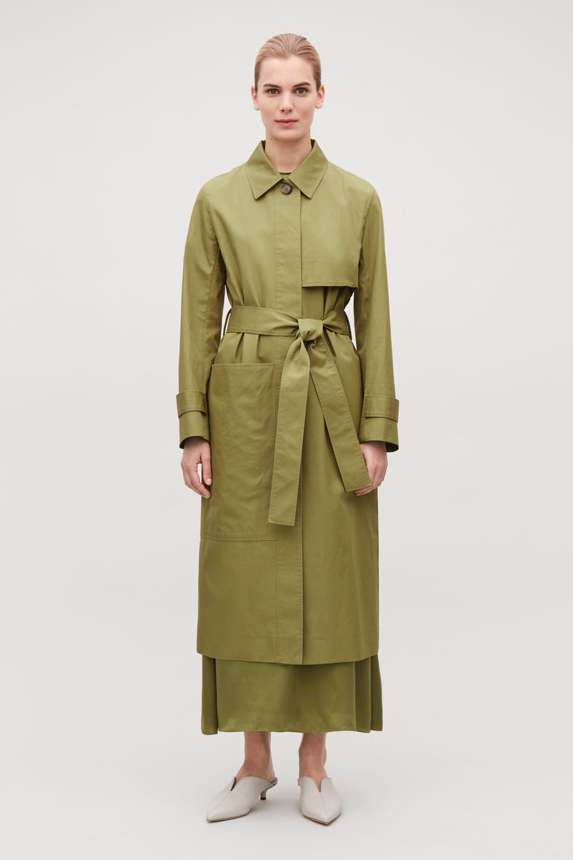 Model front image of Cos cotton-twill trench coat  in green
