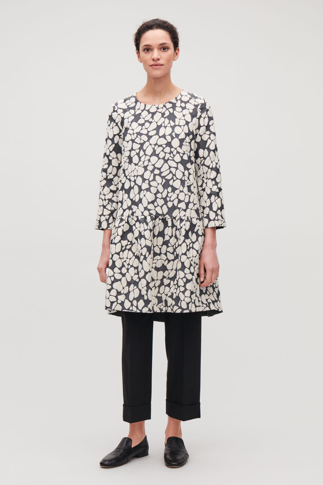 Model front image of Cos gathered jacquard a-line dress in grey