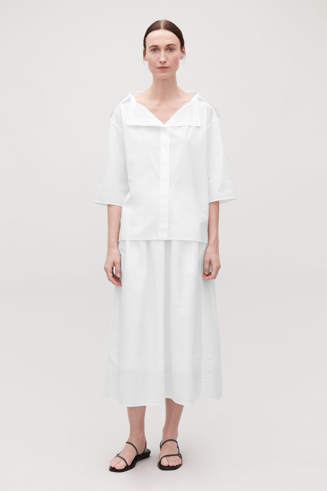 Model front image of Cos open-collar shirt in white