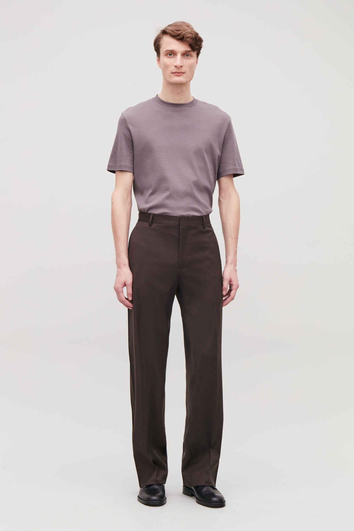 Model front image of Cos relaxed tailored trousers in brown