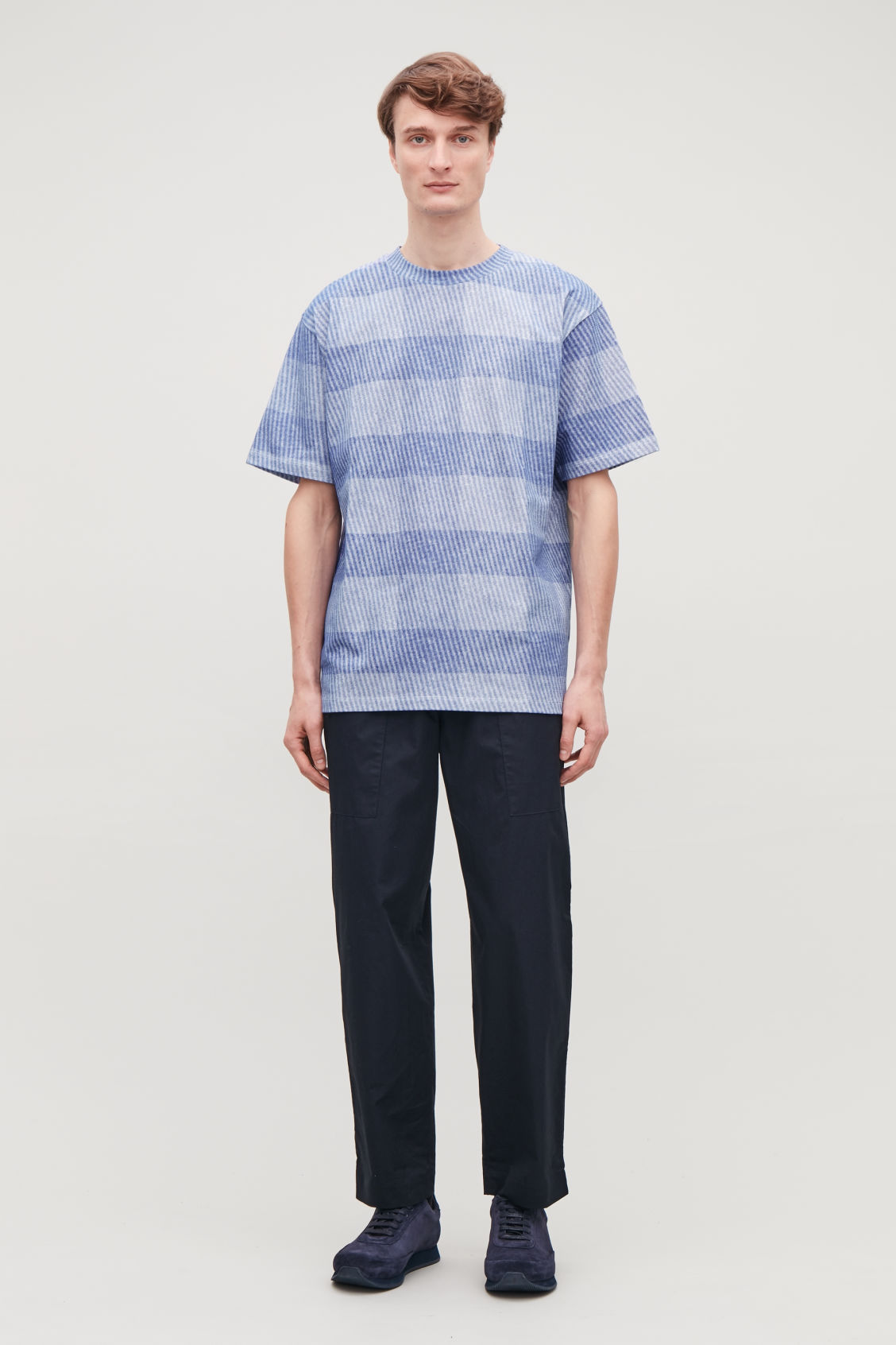 Model front image of Cos light-print jersey t-shirt in blue
