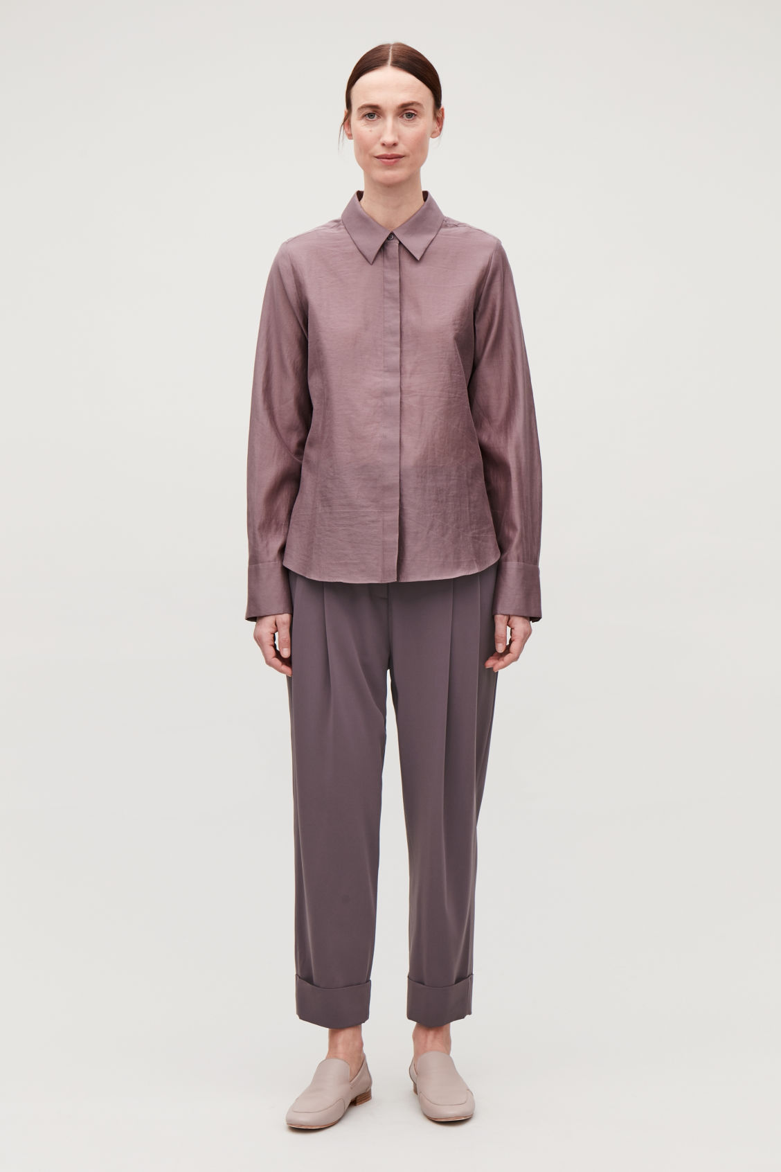 Model front image of Cos relaxed pleated trousers in purple