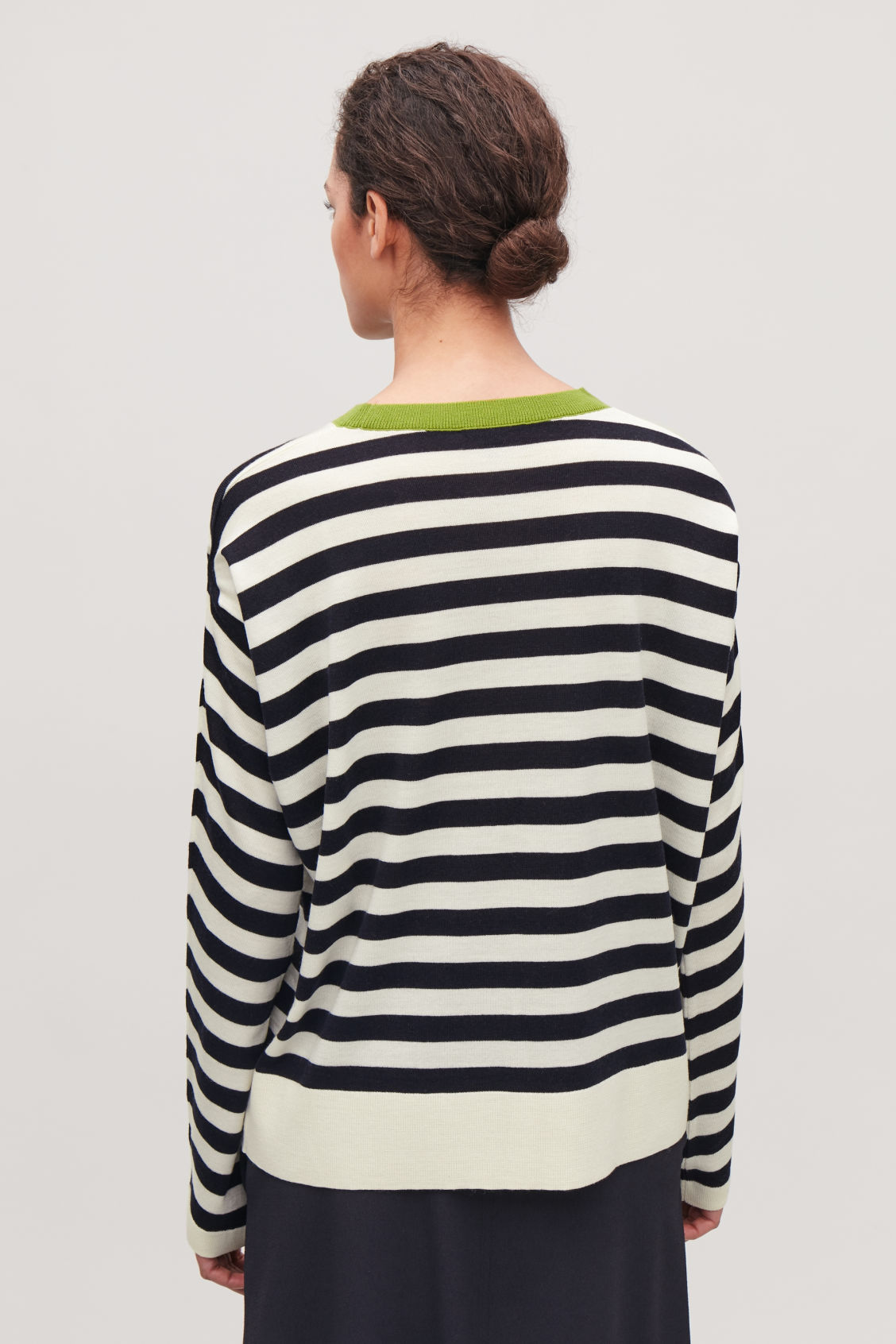 Model side image of Cos draped-sleeve merino jumper       in green