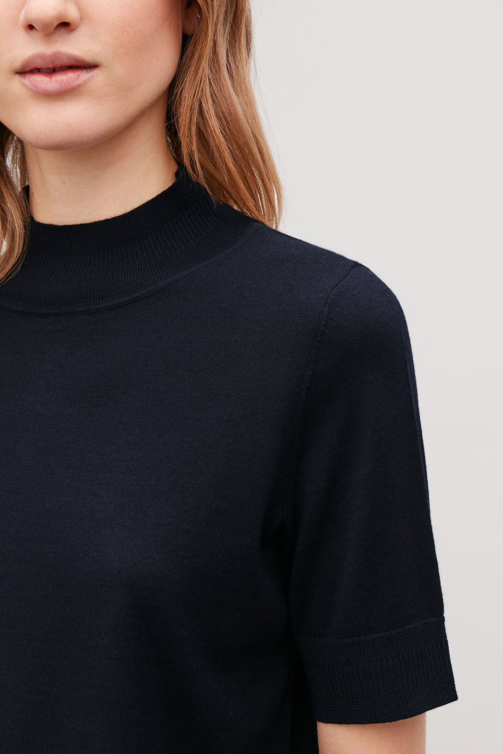 RIB-DETAILED MERINO-KNIT TOP
