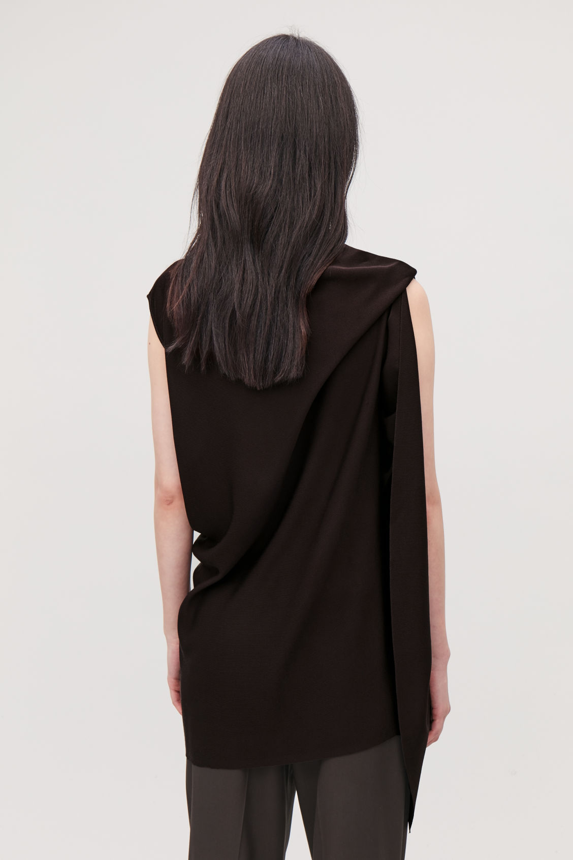Model side image of Cos draped sleeveless knit top in burgundy