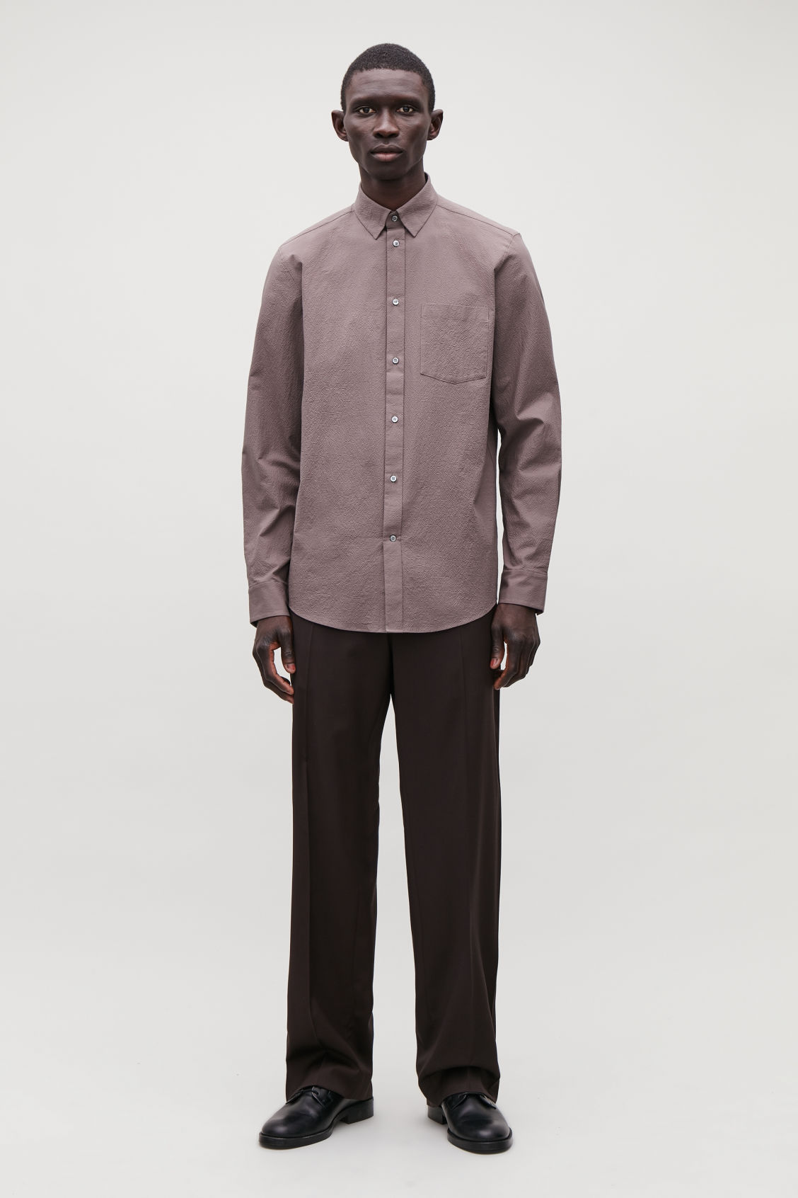 Model front image of Cos cotton-seersucker shirt  in purple