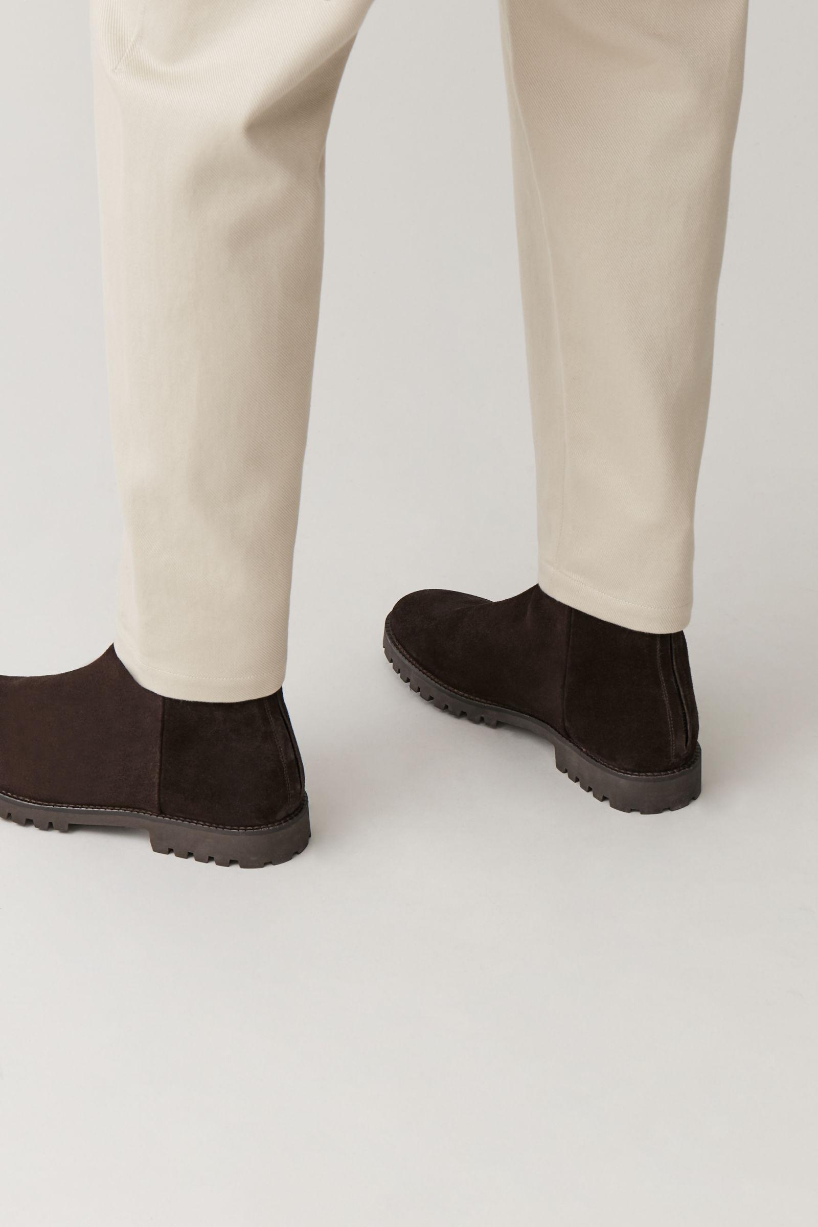 코스 맨 방수 스웨이드 부츠 COS WATERPROOF-SUEDE ZIPPED BOOTS,Dark brown