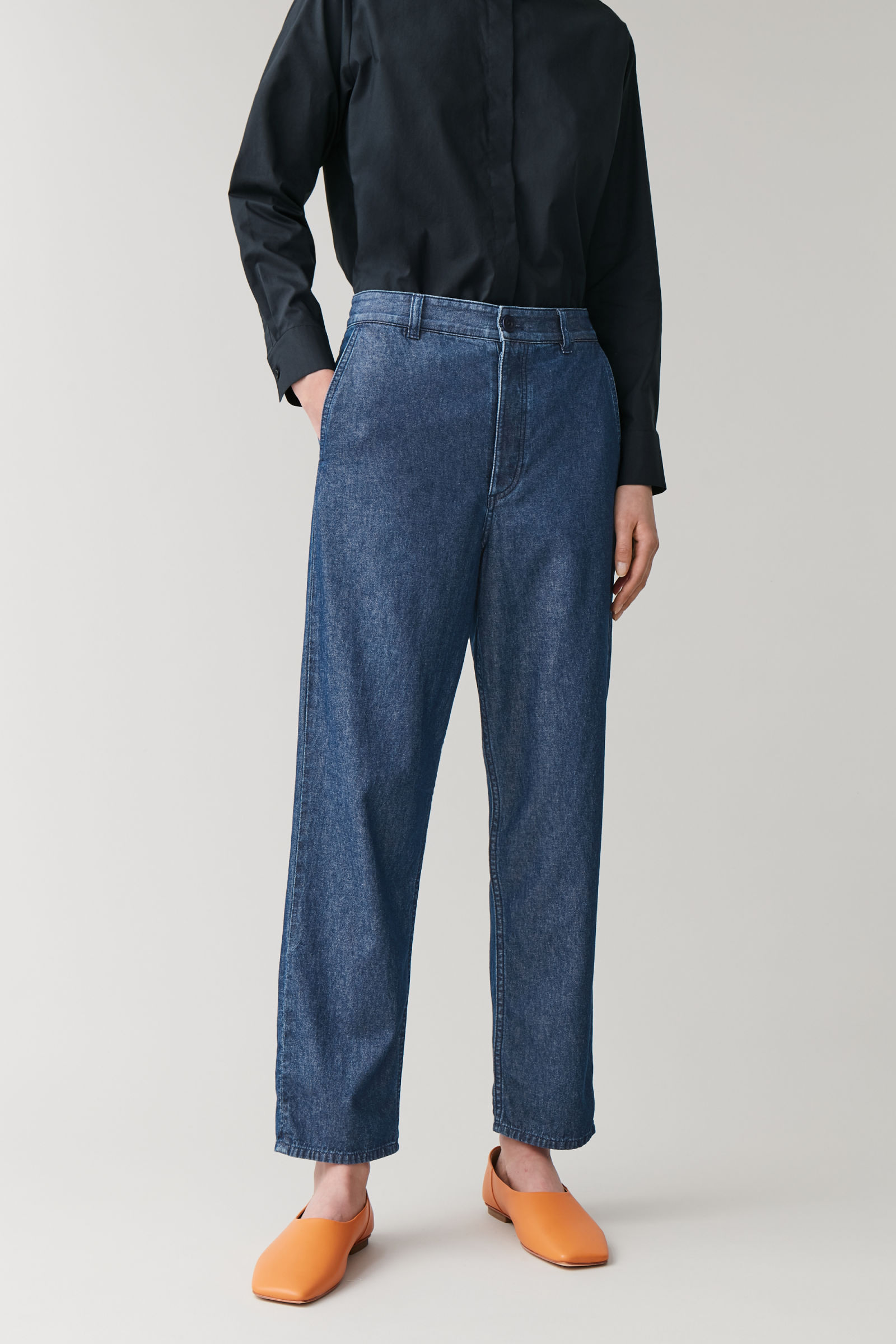 COS DENIM CHINO TROUSERS,Light blue