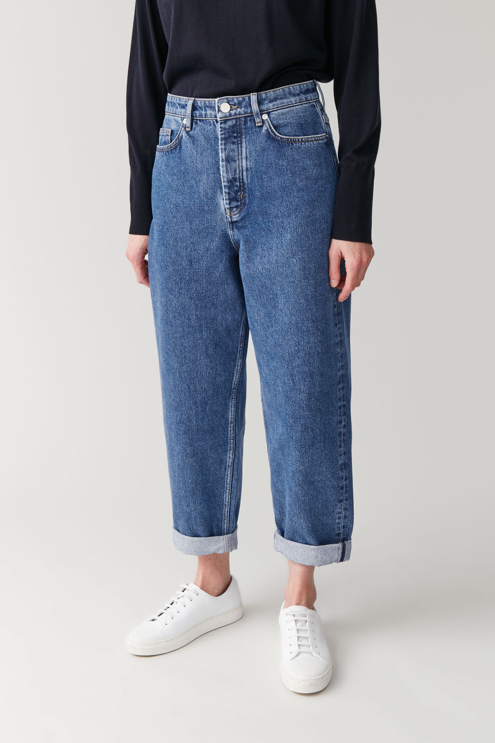 COS HIGH-WAISTED ORGANIC COTTON TAPERED JEANS,blue
