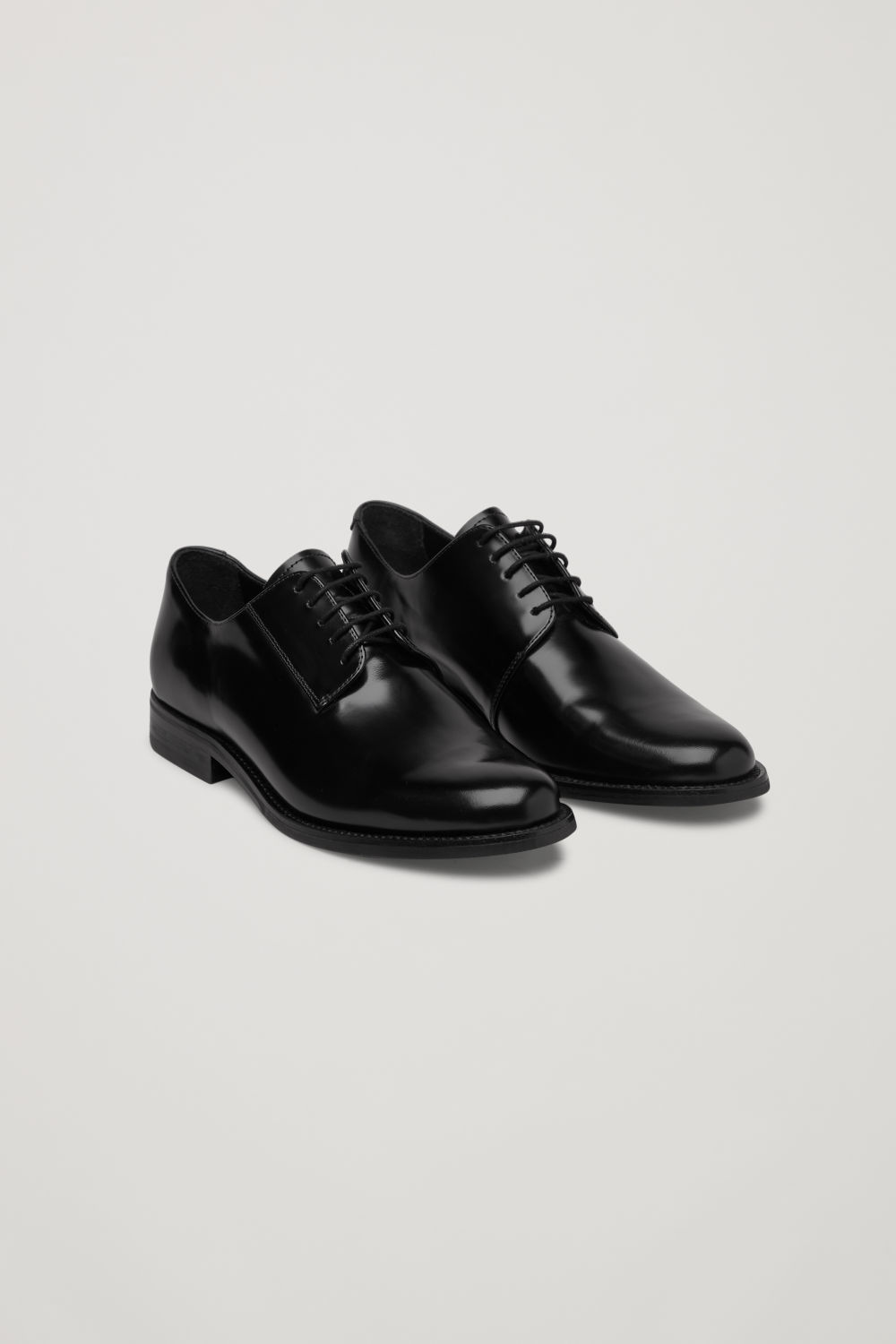 POINT-TOE LEATHER OXFORD SHOES