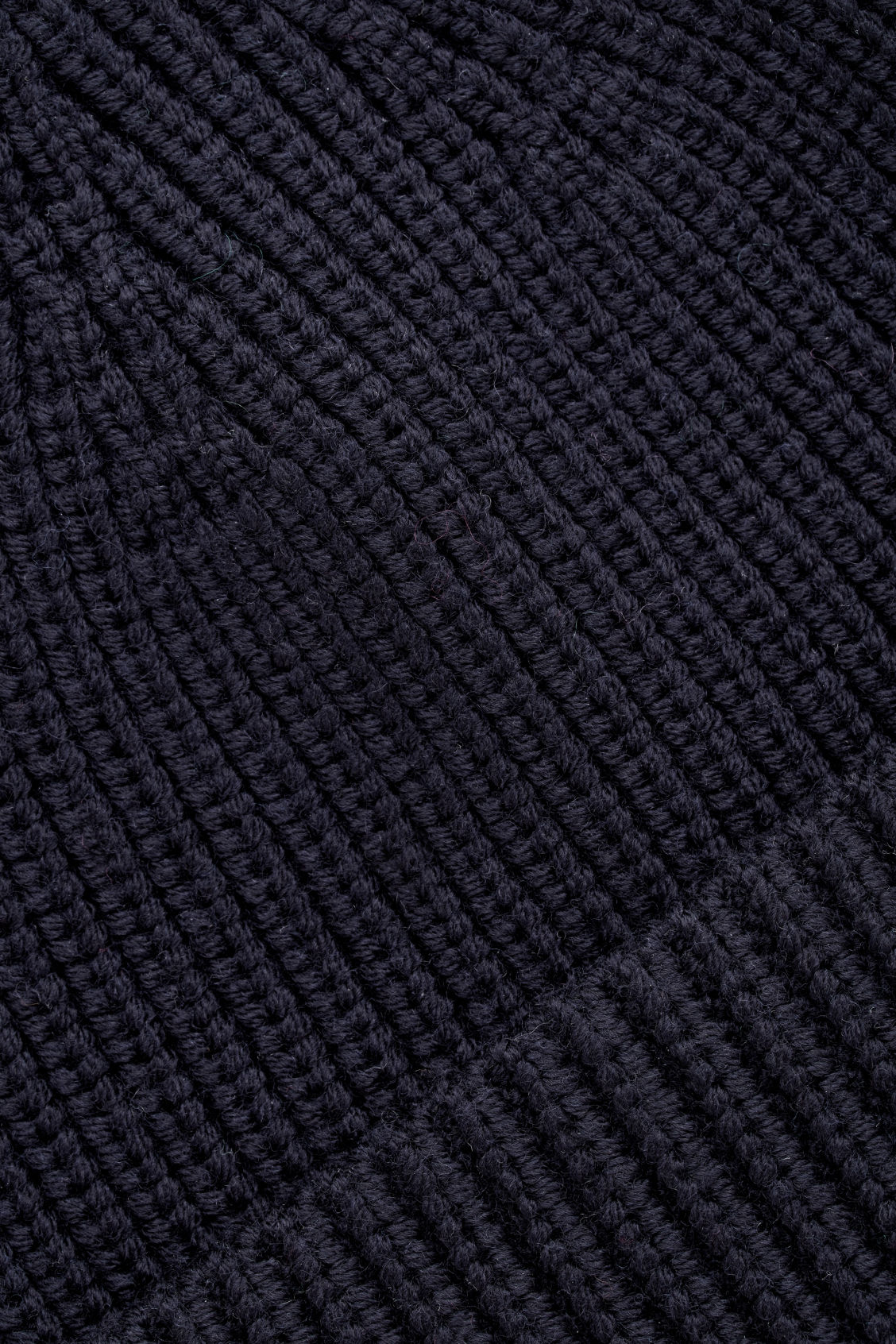Side image of Cos chunky wool hat in blue