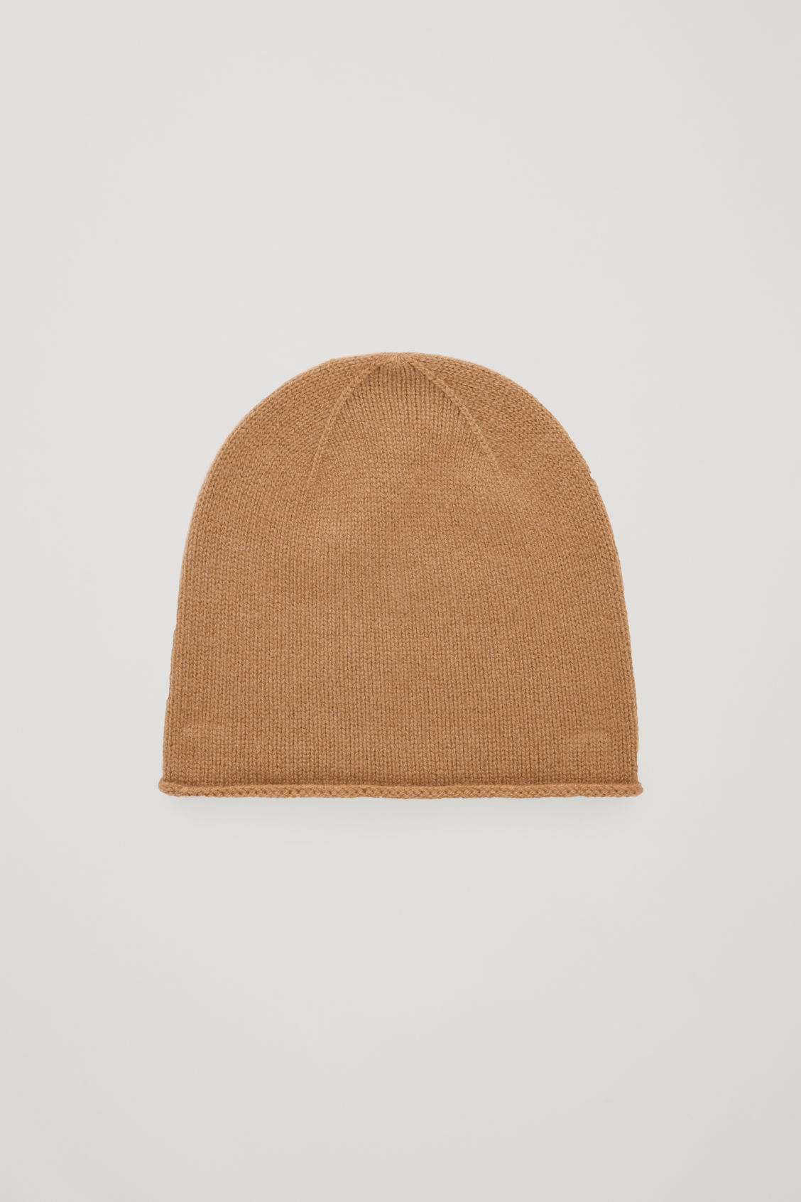 Front image of Cos cashmere hat in beige