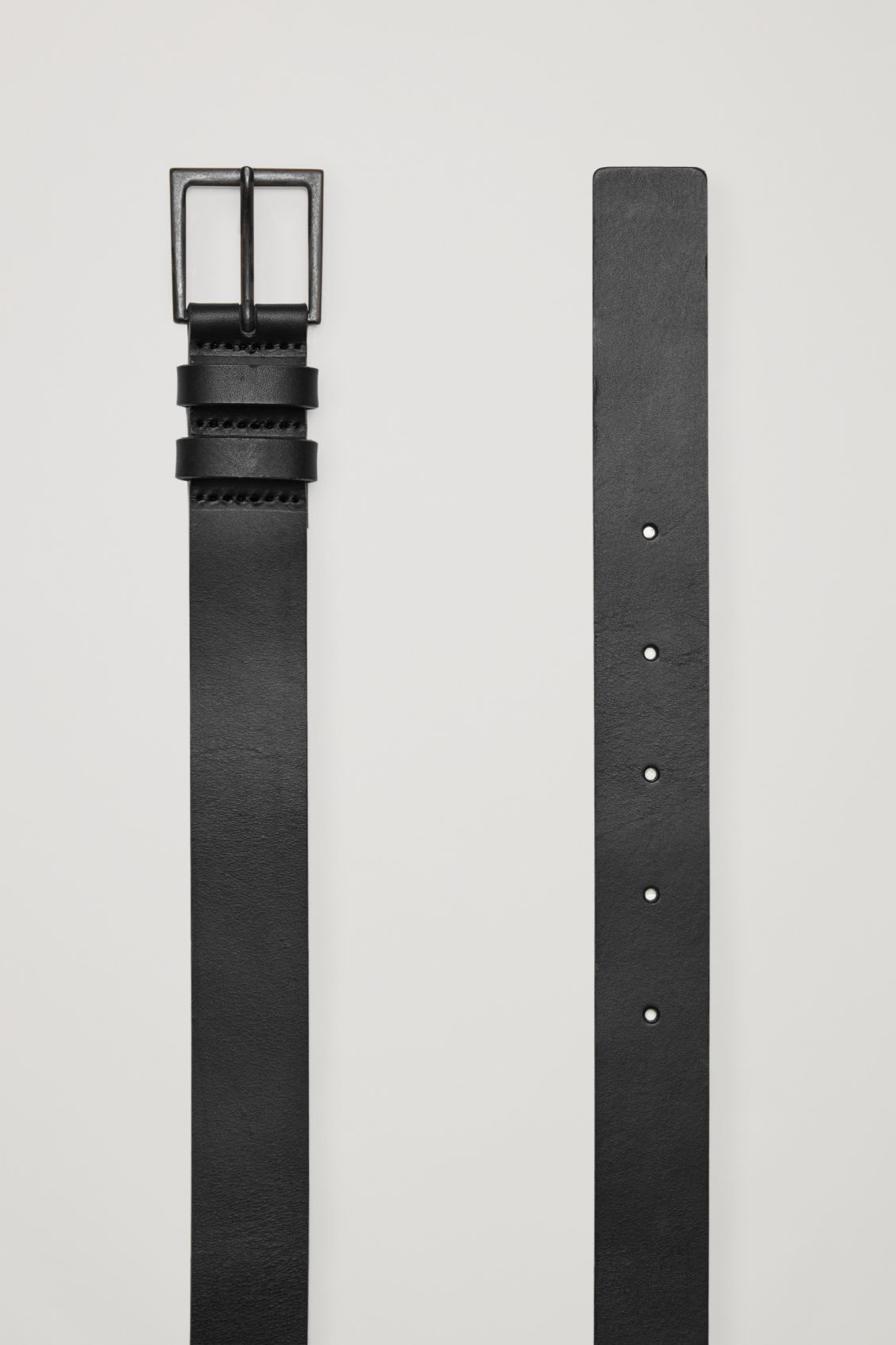 Side image of Cos classic leather belt in black
