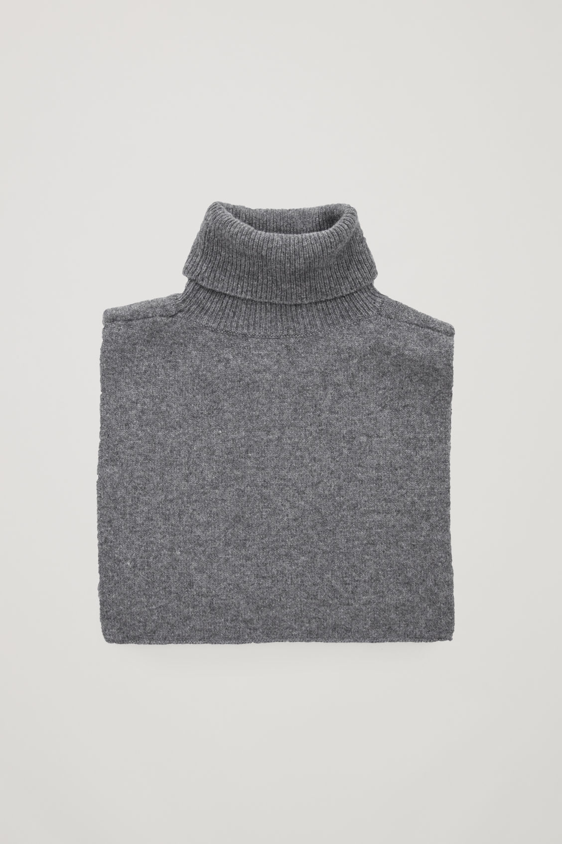 Front image of Cos roll-neck cashmere collar in grey