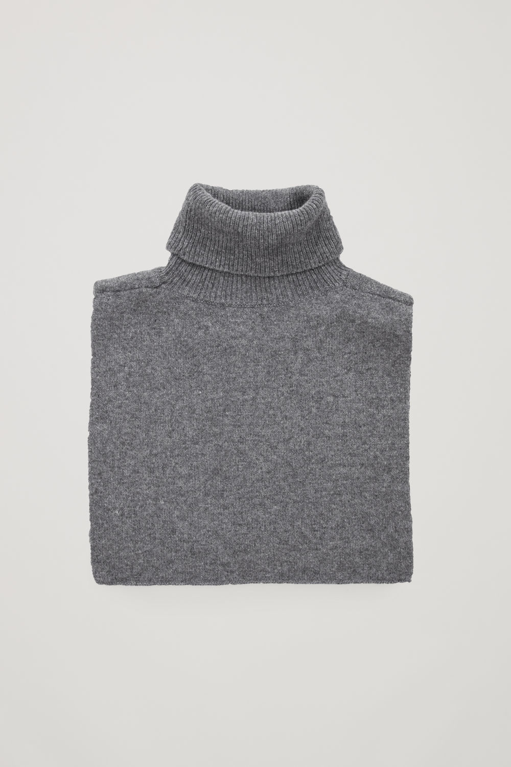ROLL-NECK CASHMERE COLLAR