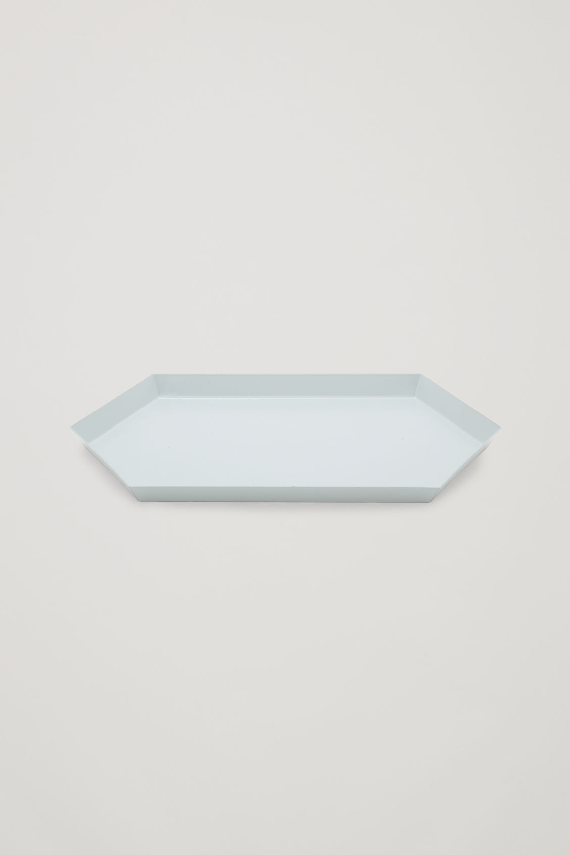 Side image of Cos hay kaleido medium metal tray in grey