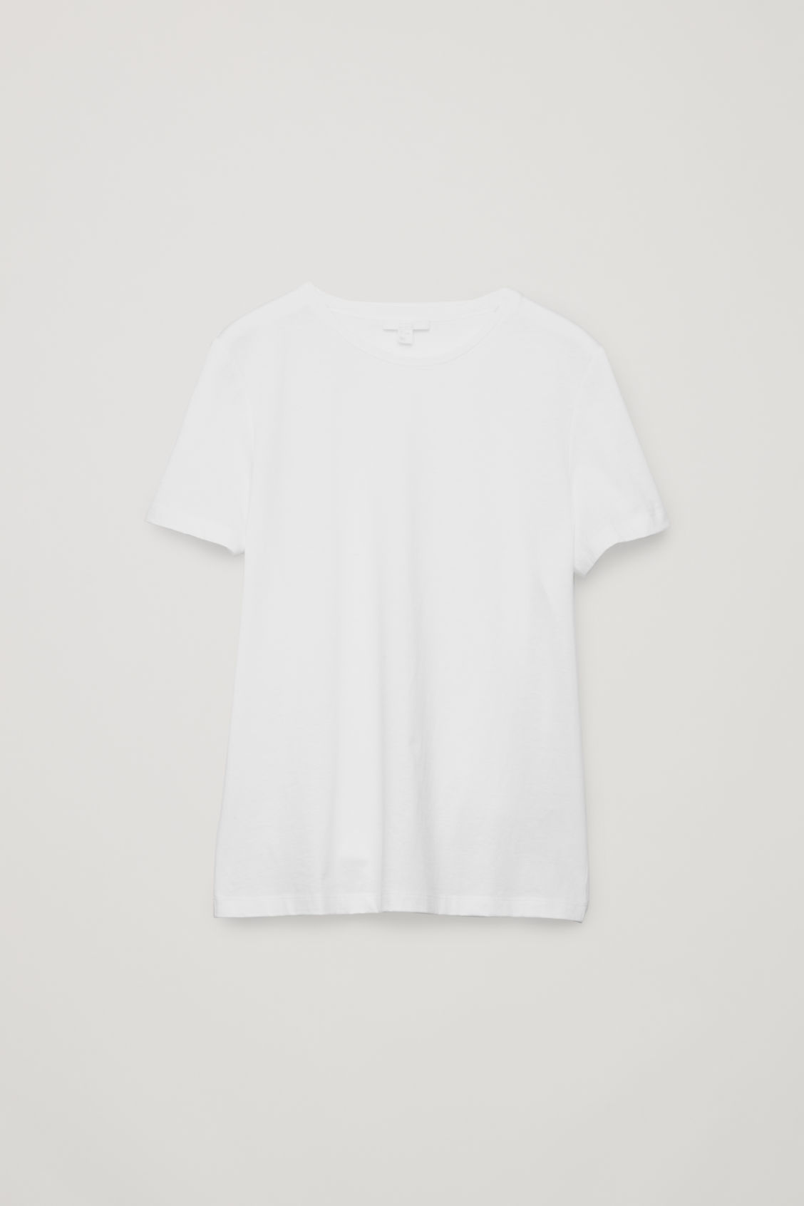 Front image of Cos classic t-shirt in white