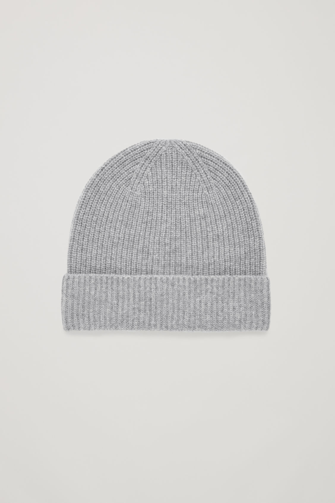 Front image of Cos knitted cashmere hat in grey