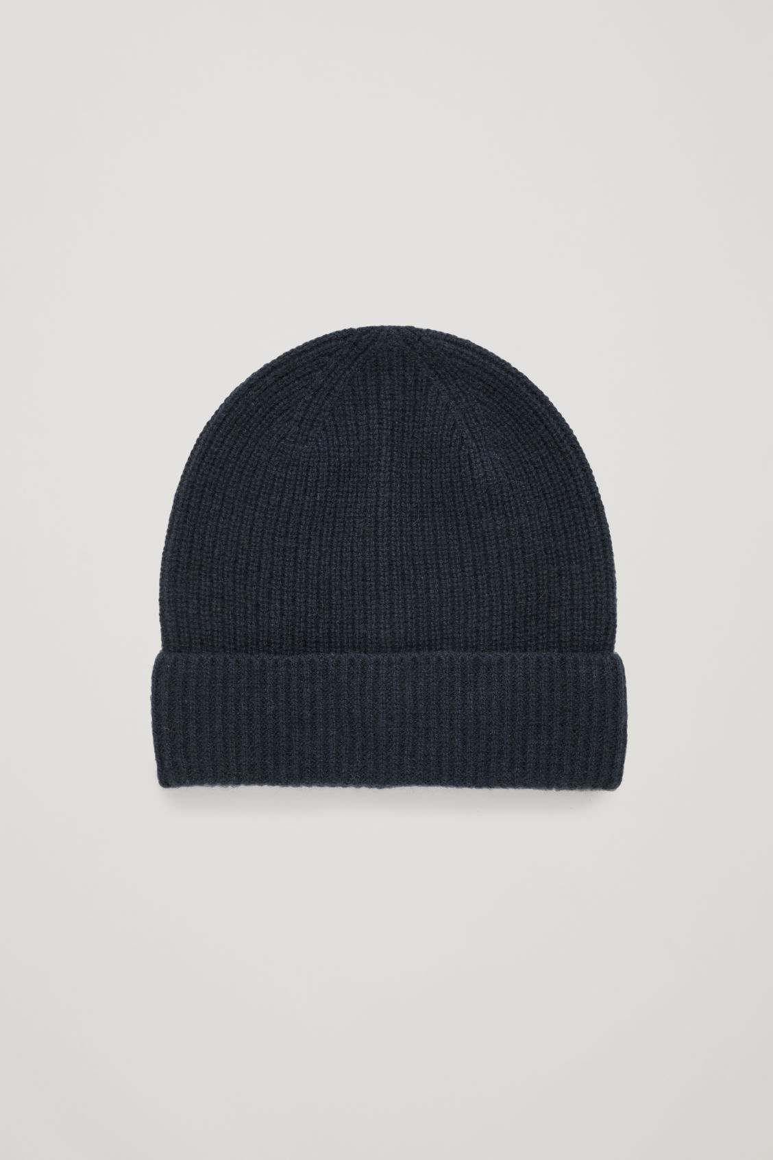 Front image of Cos knitted cashmere hat in blue