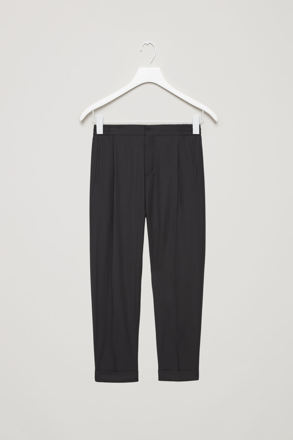 RELAXED TROUSERS WITH TURN-UPS