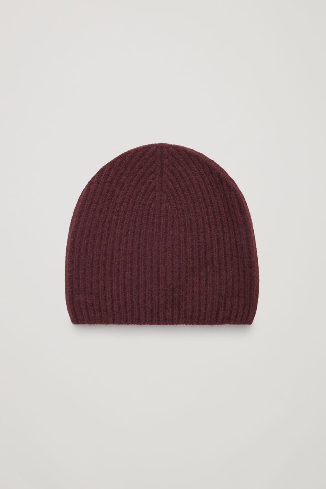 Front image of Cos ribbed cashmere hat in red