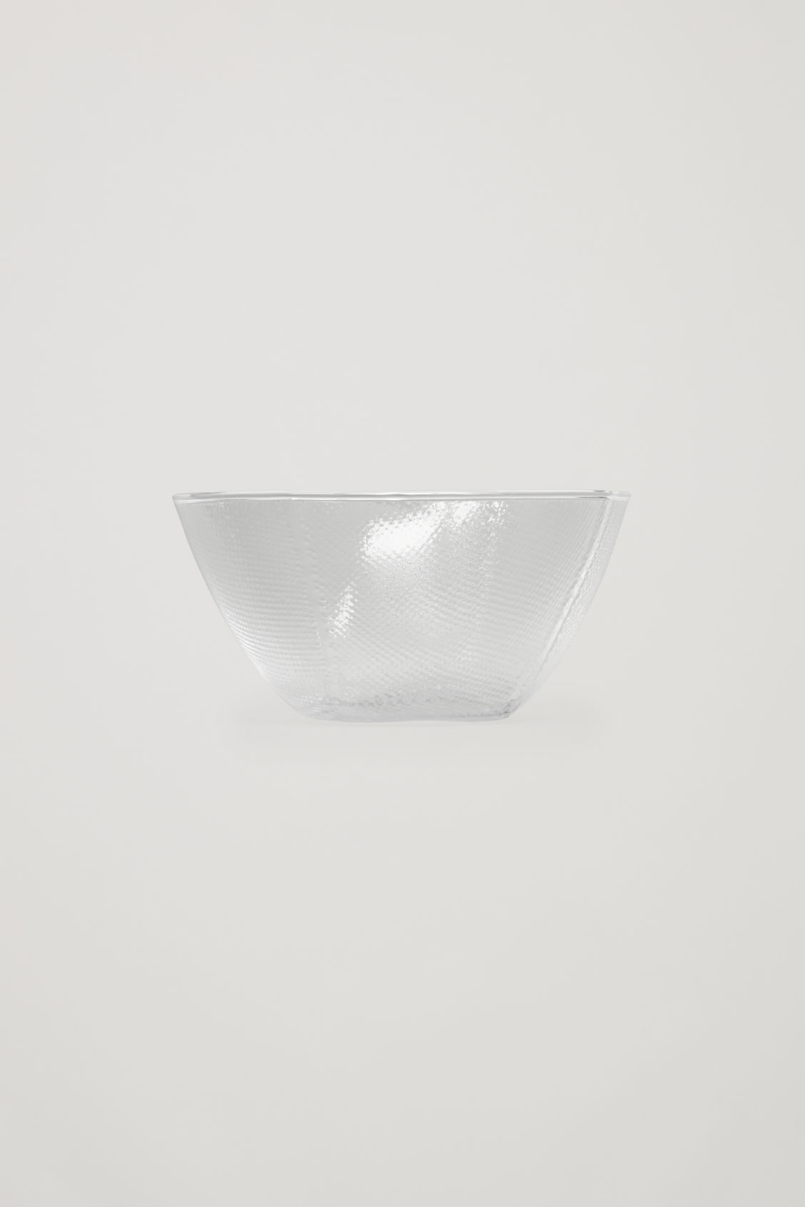 Side image of Cos hay tela bowl in white