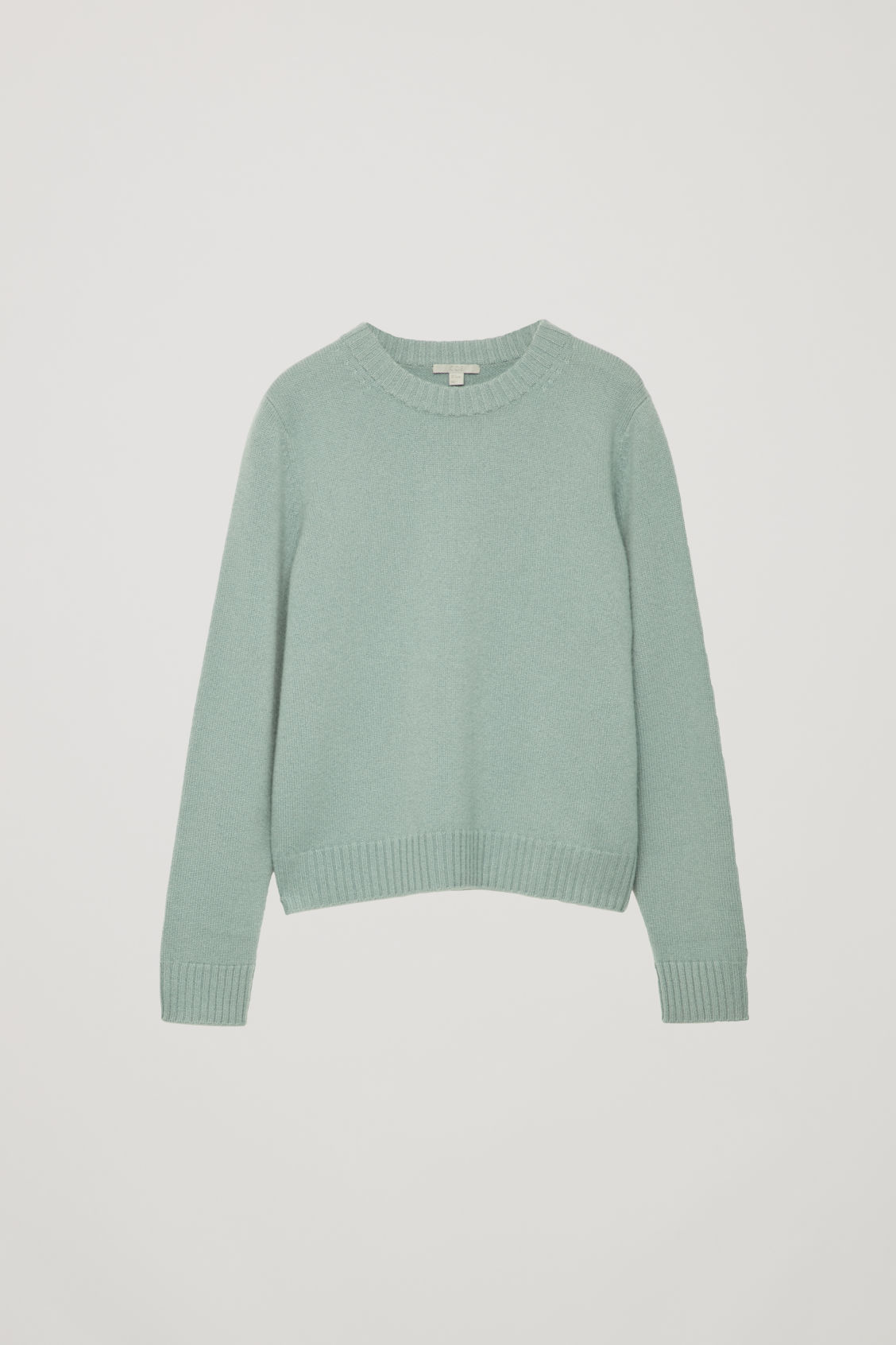 Front image of Cos round-neck cashmere jumper  in green
