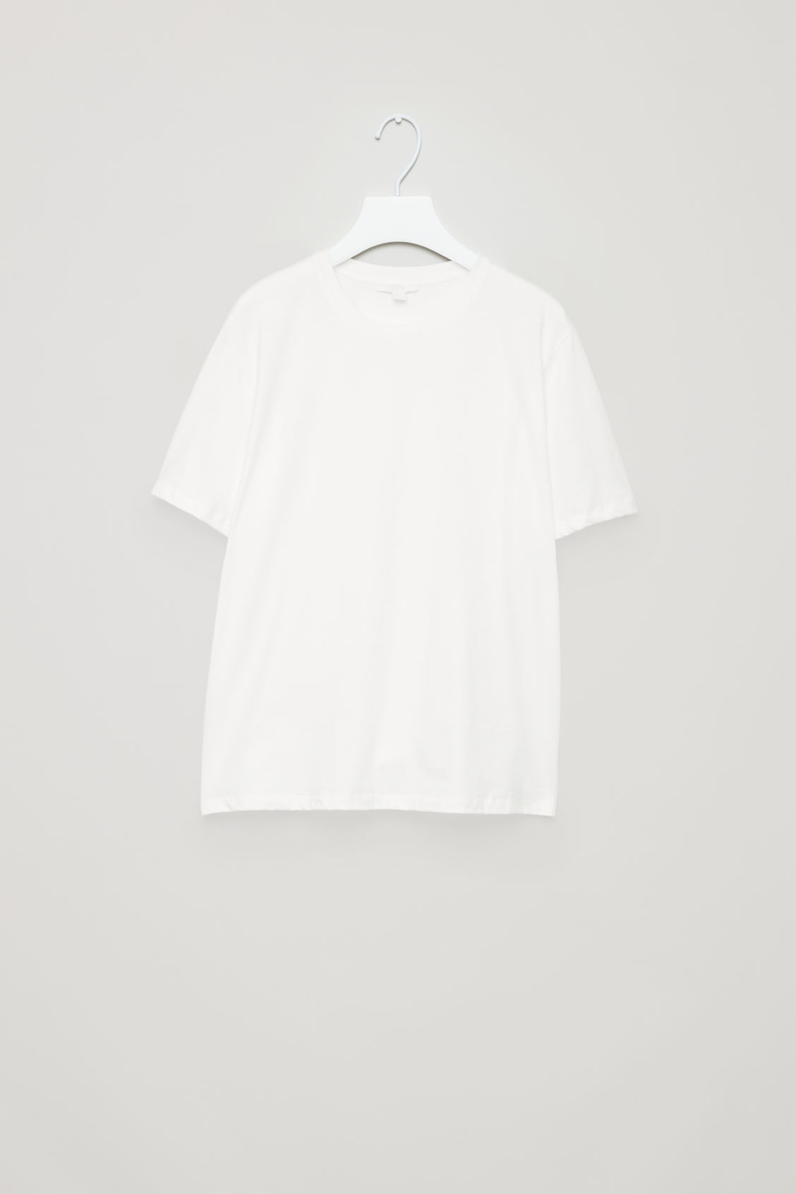 ROUND-NECK COTTON T-SHIRT