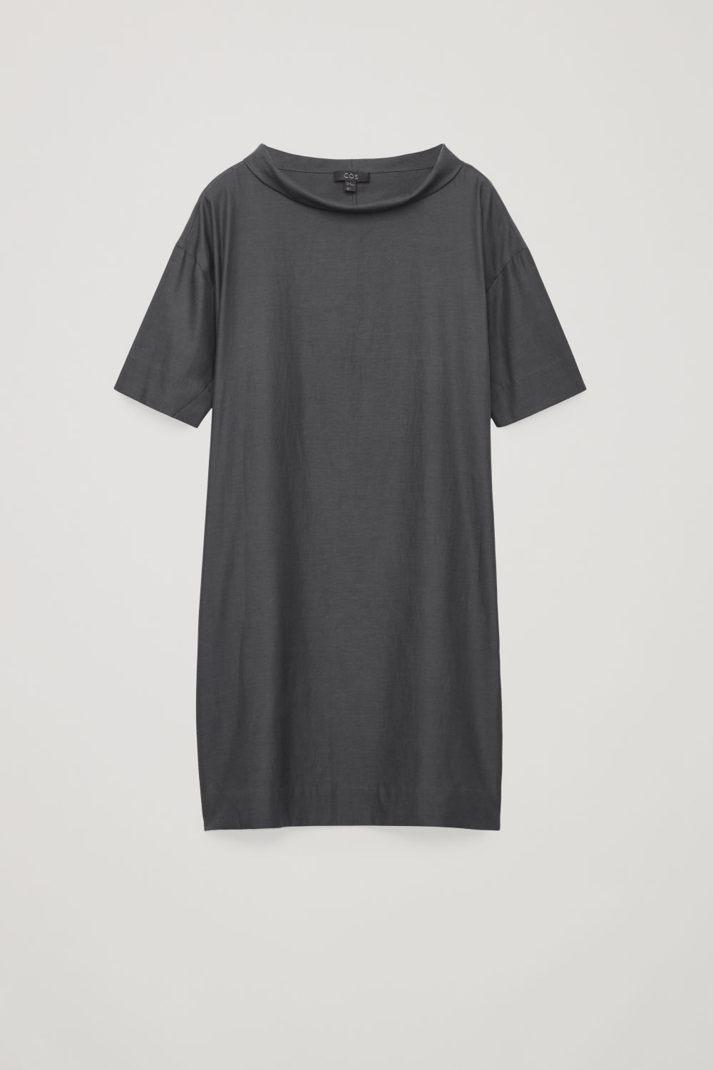 FOLDED-COLLAR DRAPED DRESS