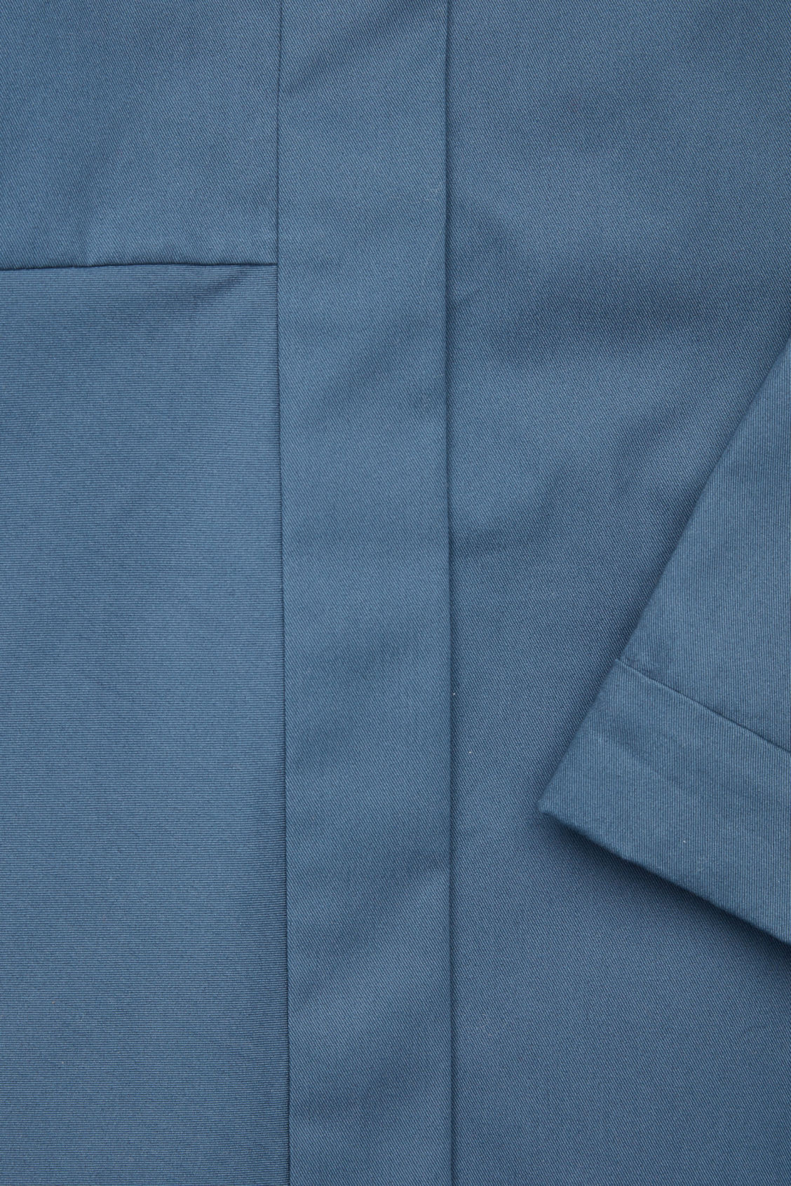 Side image of Cos null in blue