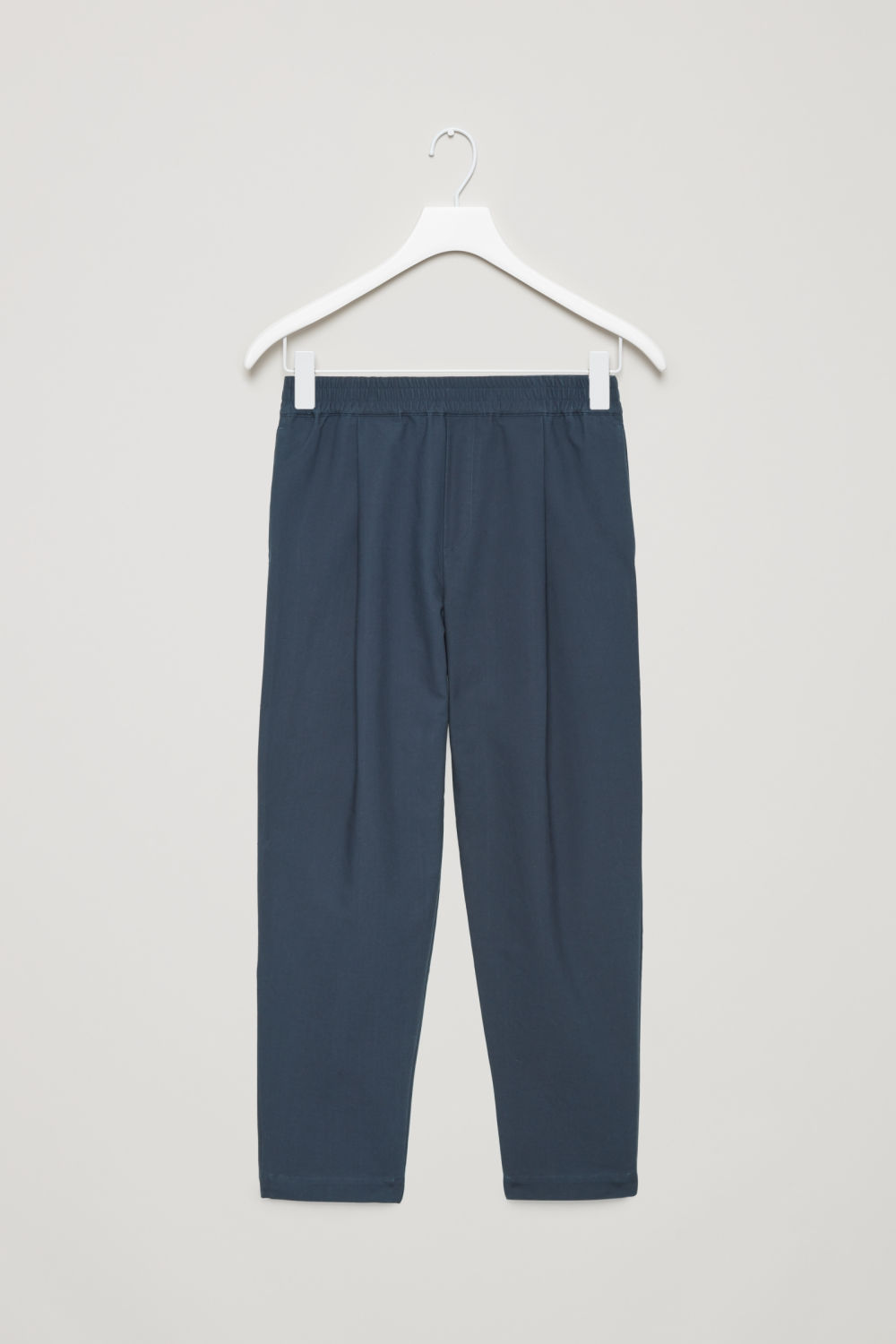 ELASTIC-WAIST CHINOS WITH PLEATS