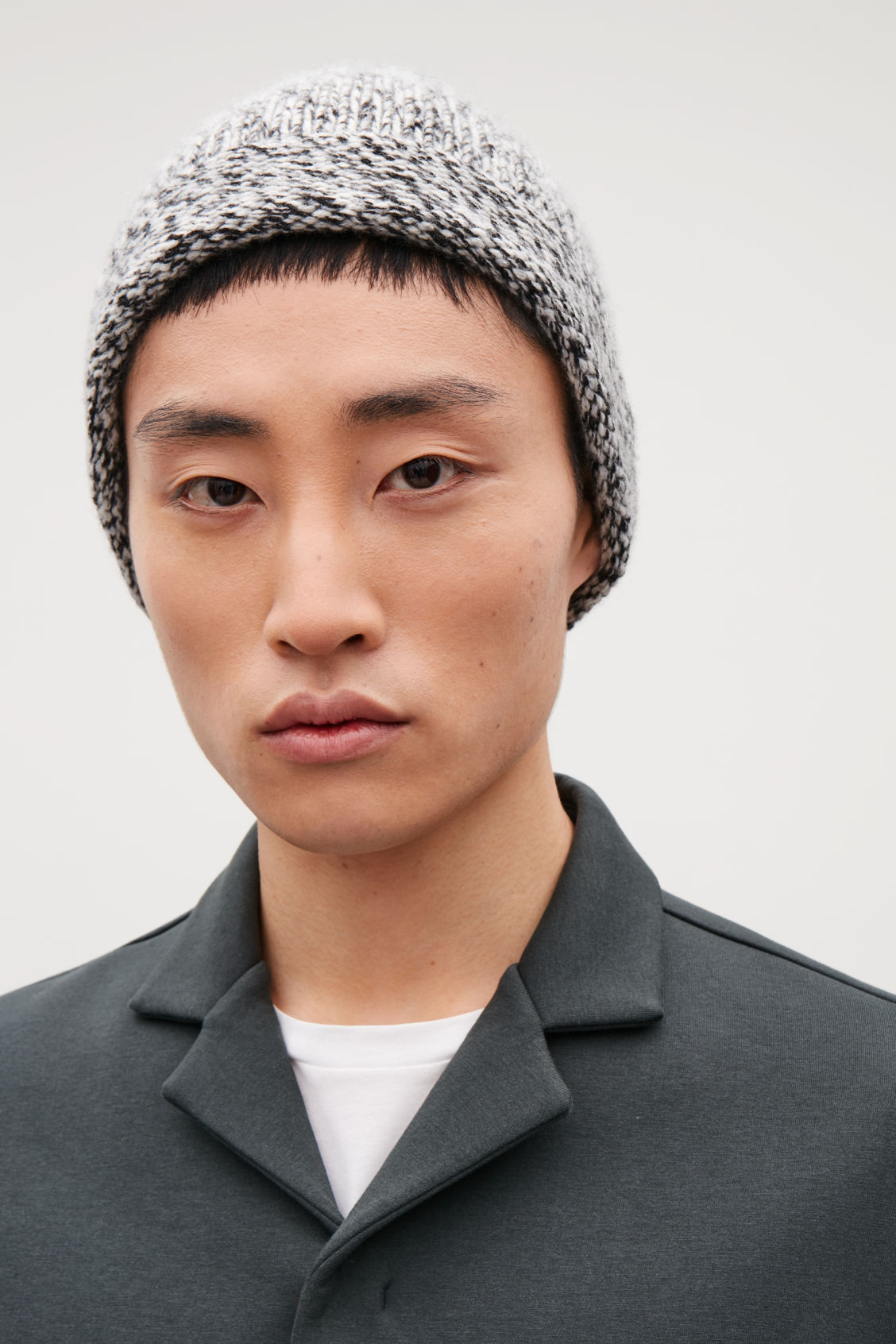 Side image of Cos melange cashmere hat in black