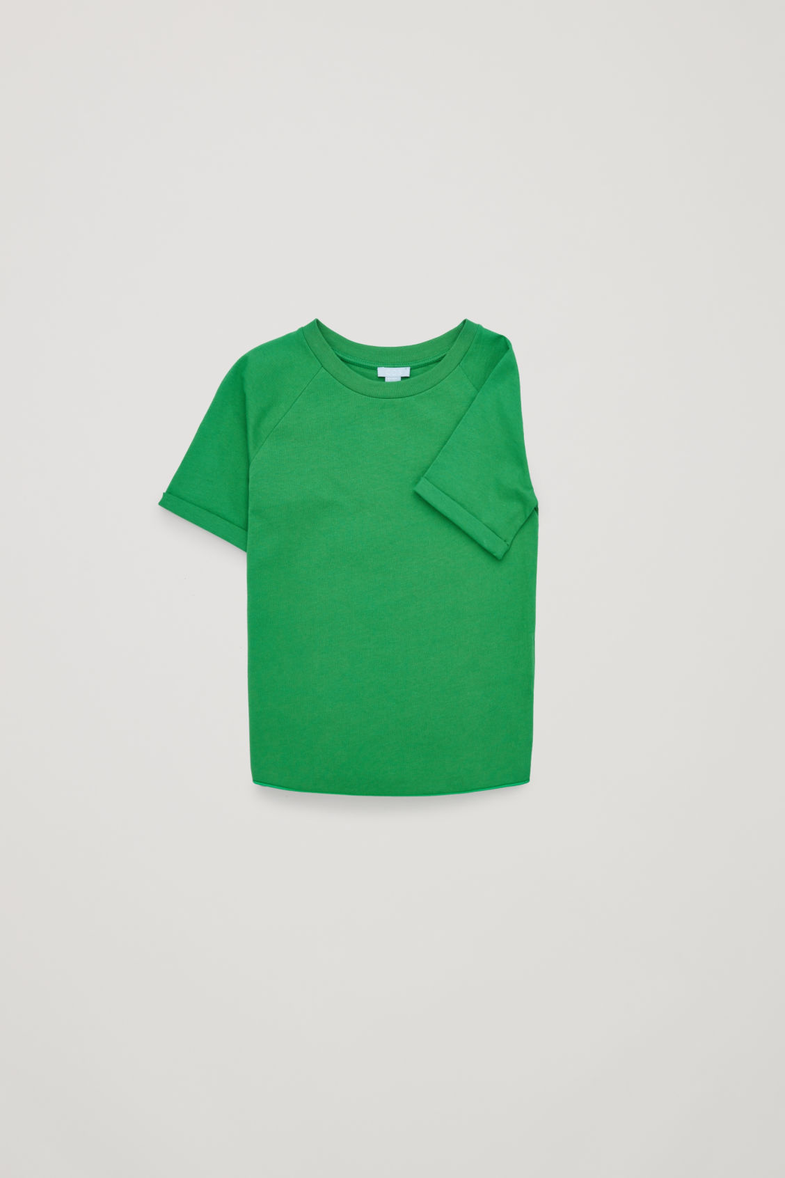 Side image of Cos raglan-sleeved cotton t-shirt in green