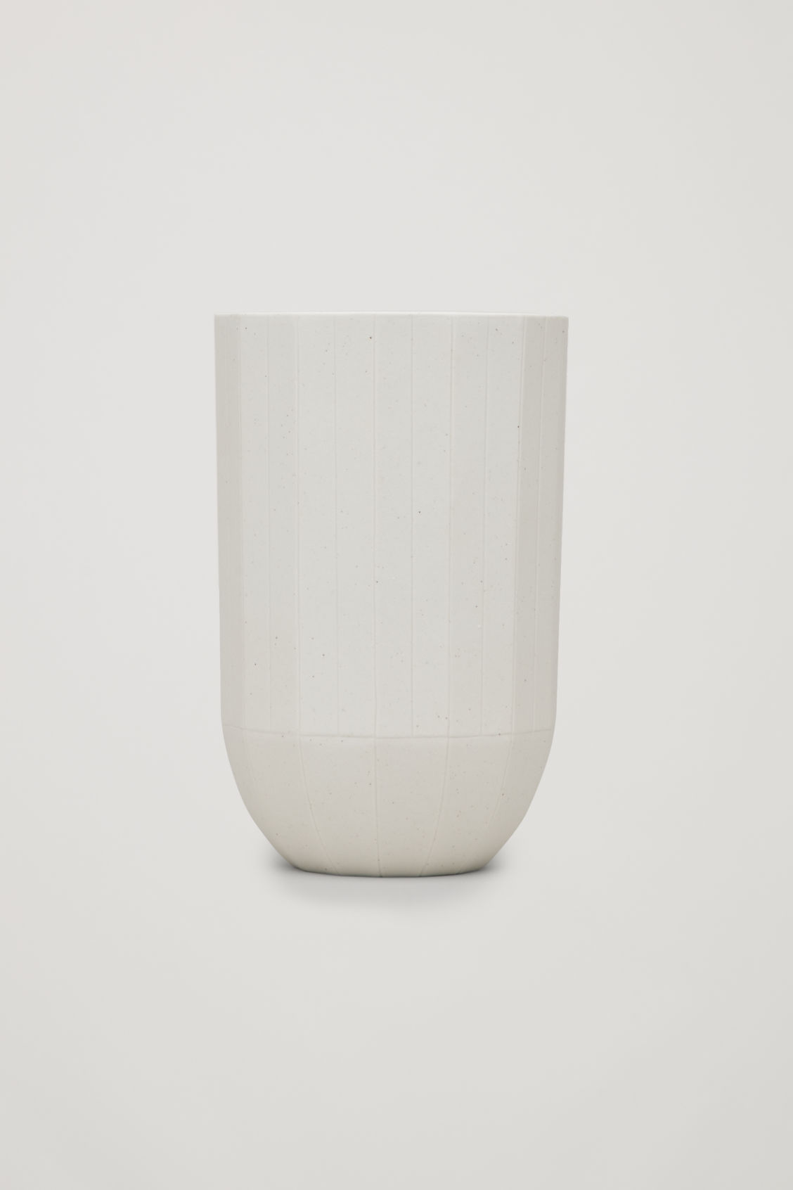 Front image of Cos hay paper vase medium in white