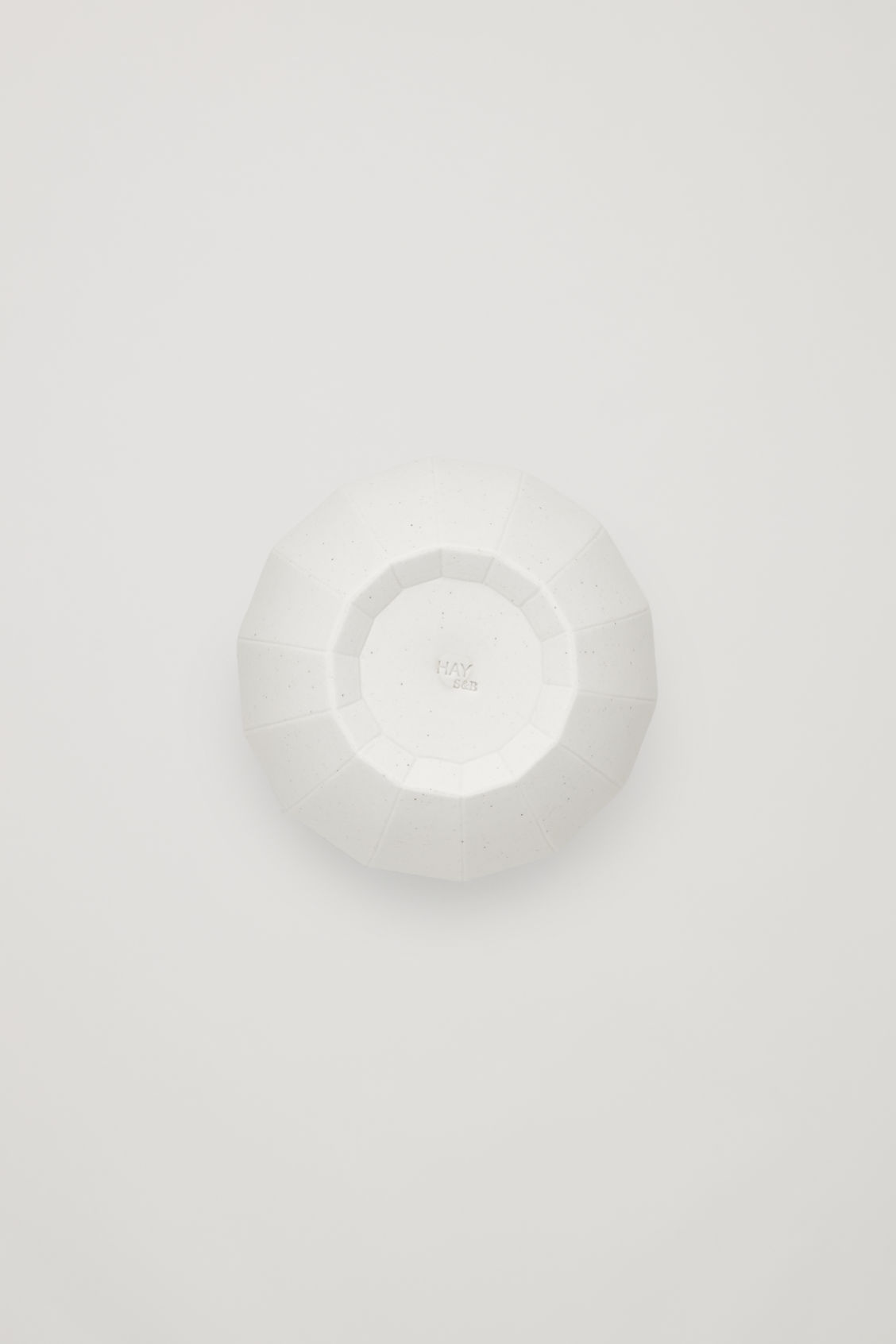 Side image of Cos hay paper vase medium in white