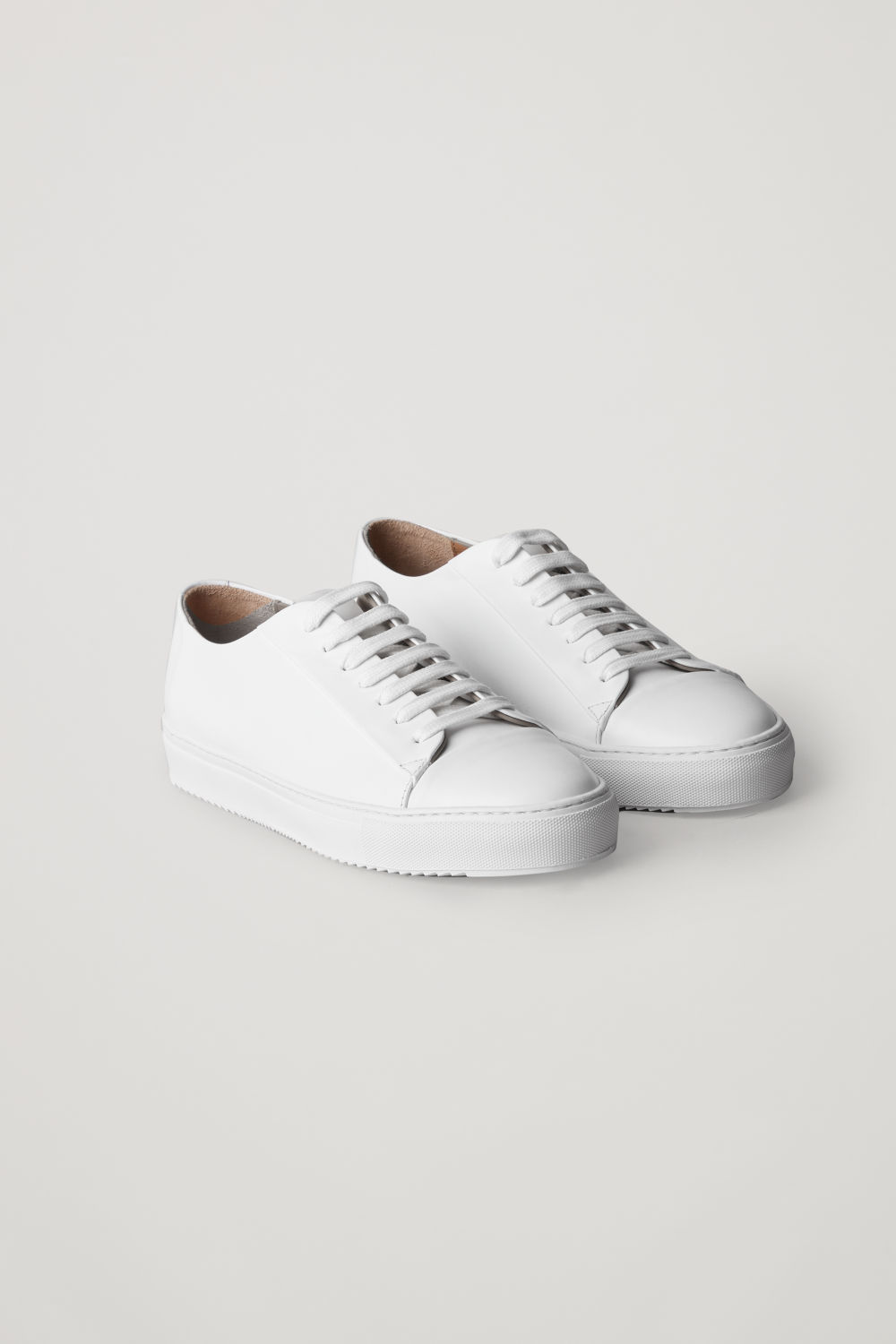THICK-SOLED LEATHER SNEAKERS
