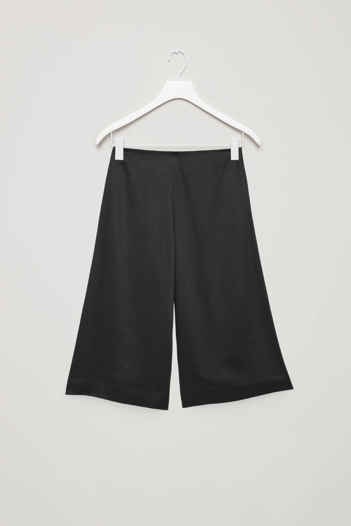Front image of Cos culottes with ribbon-tie waist in black