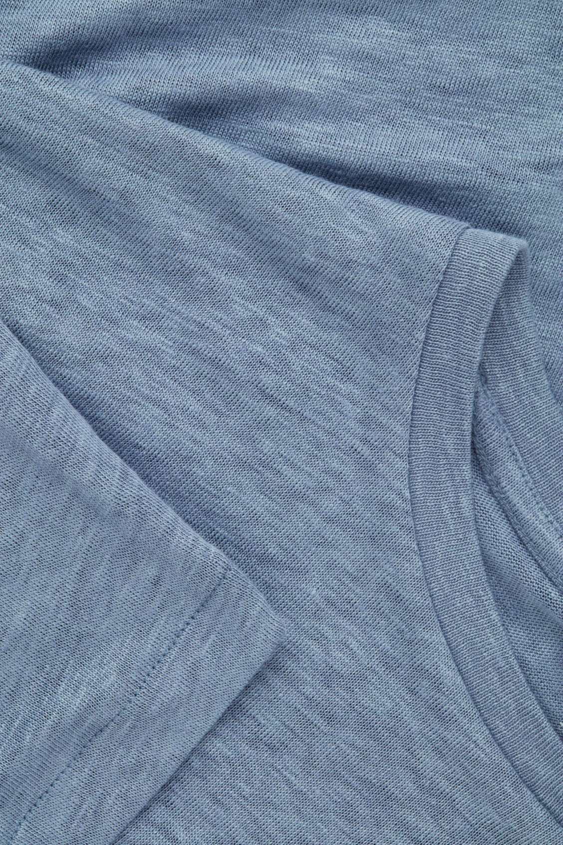 Side image of Cos short-sleeved linen t-shirt in blue