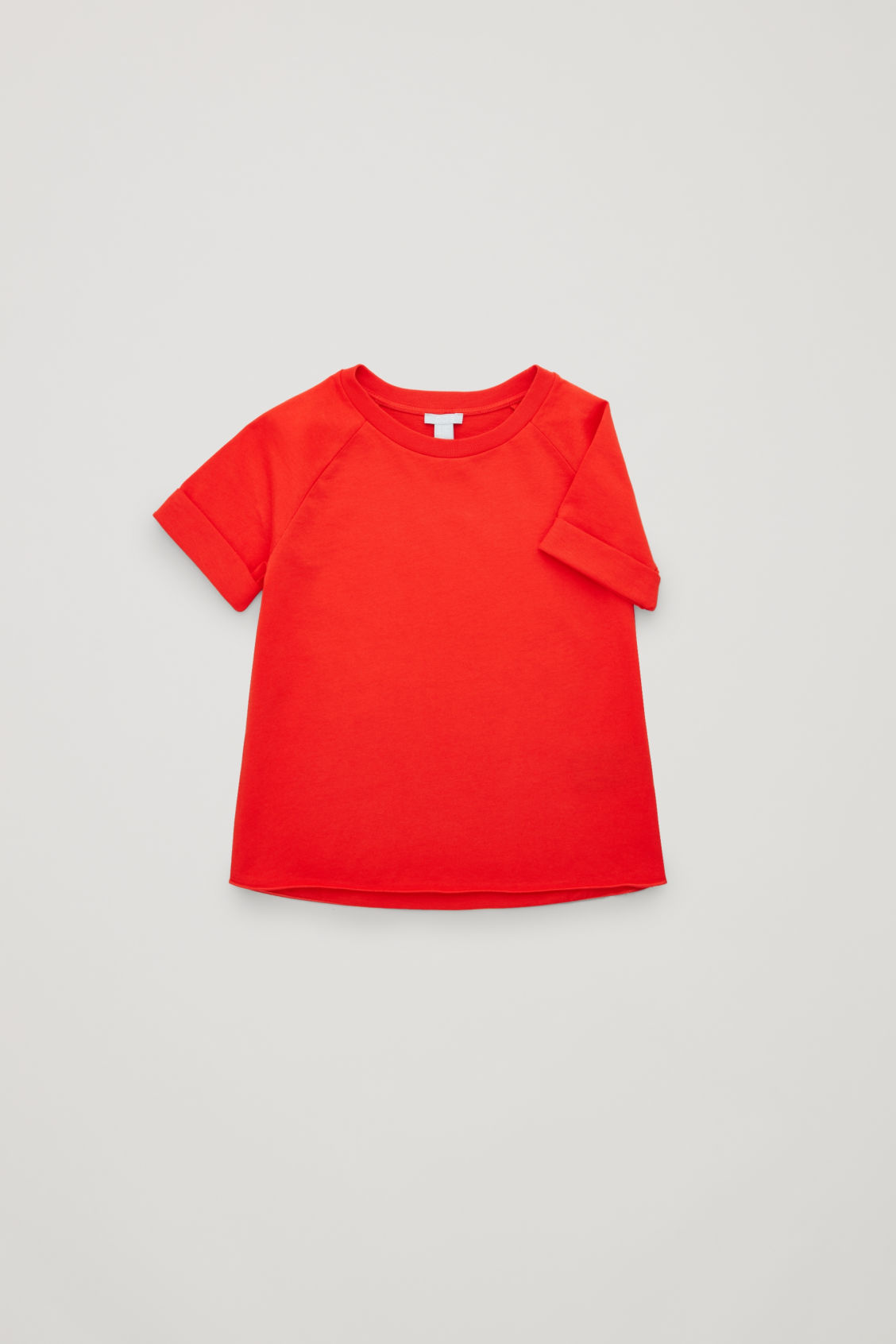 Side image of Cos jersey t-shirt with raglan sleeves in red