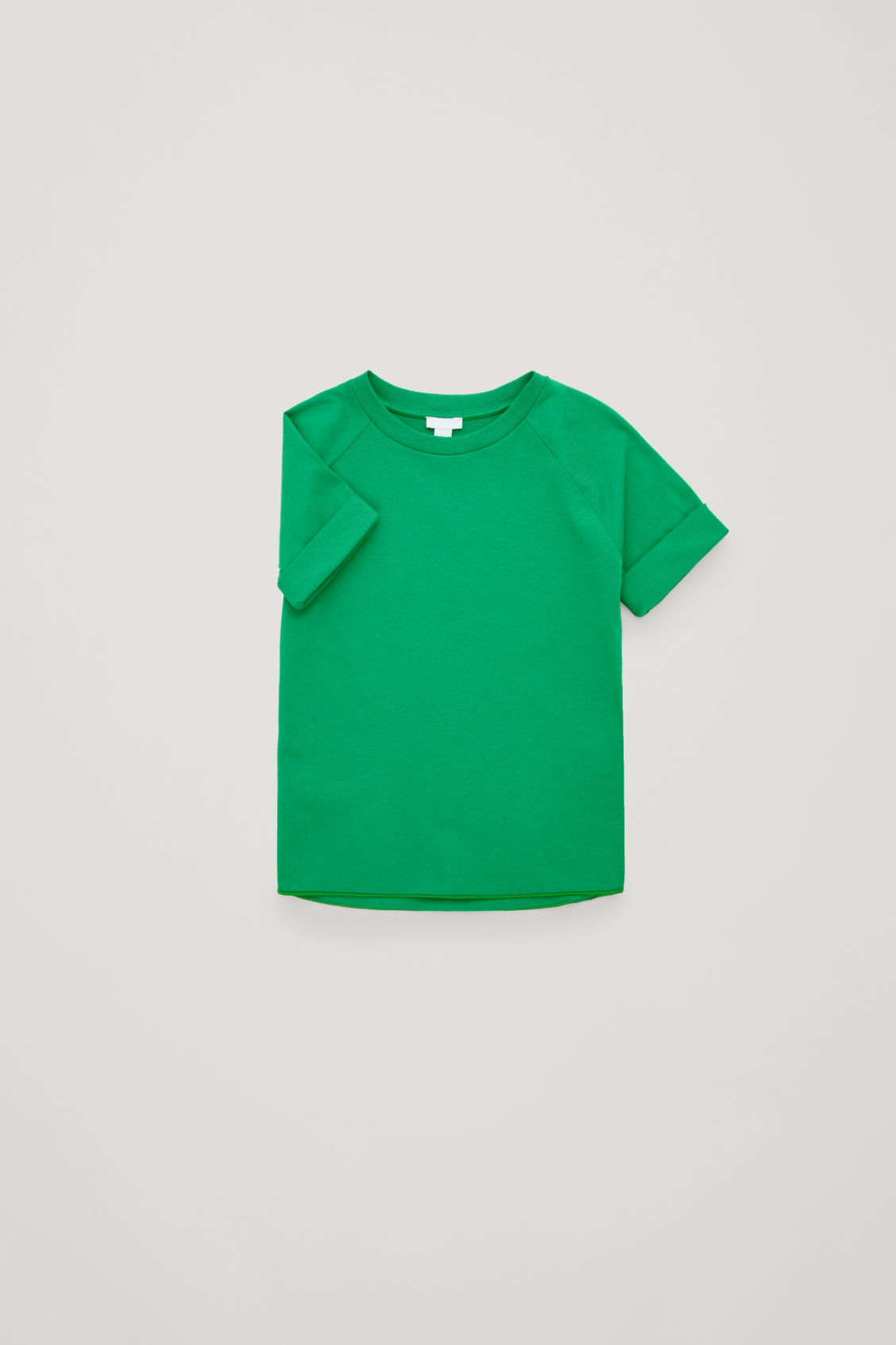 Side image of Cos jersey t-shirt with raglan sleeves in green