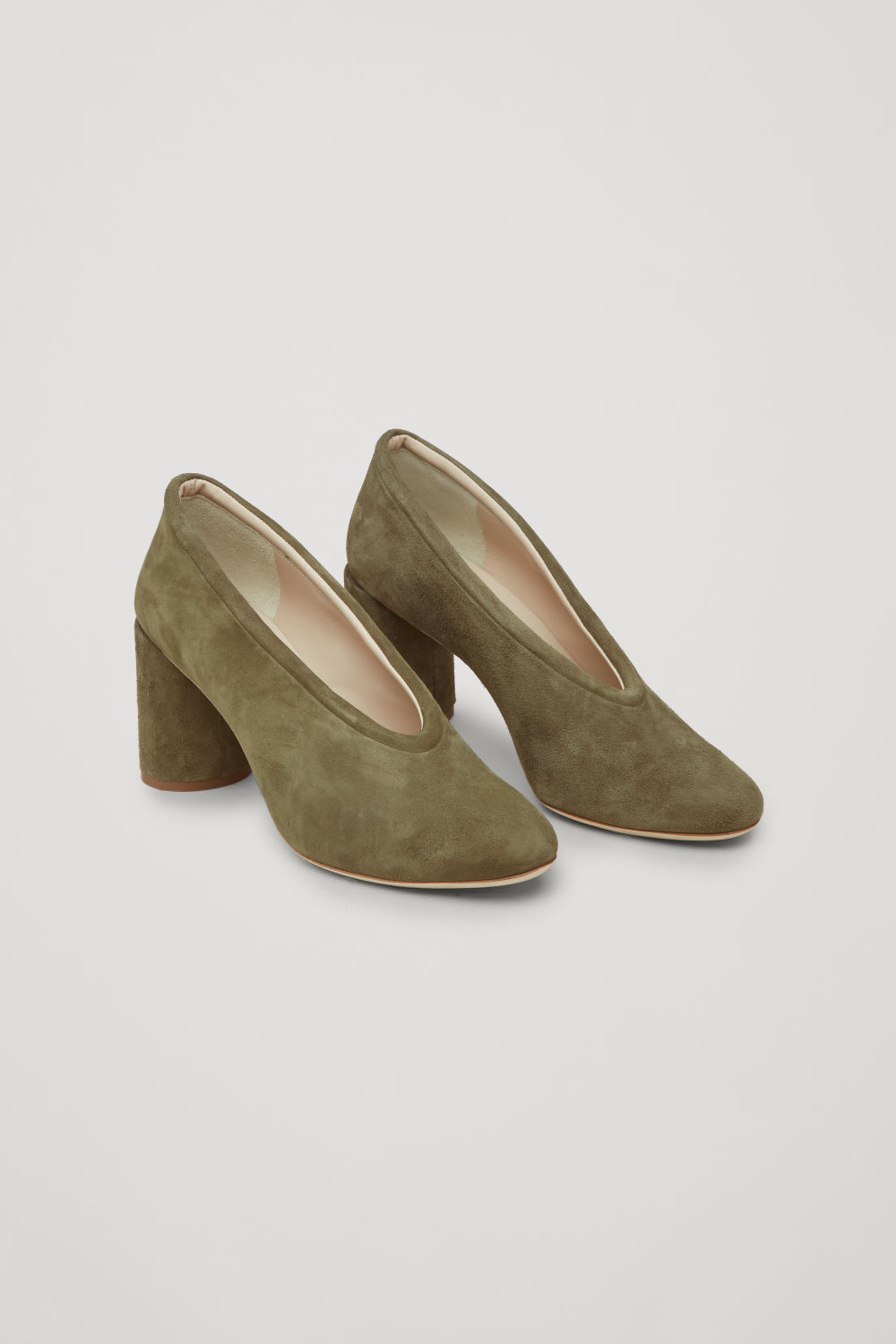 SUEDE HEELS WITH PADDED TRIM