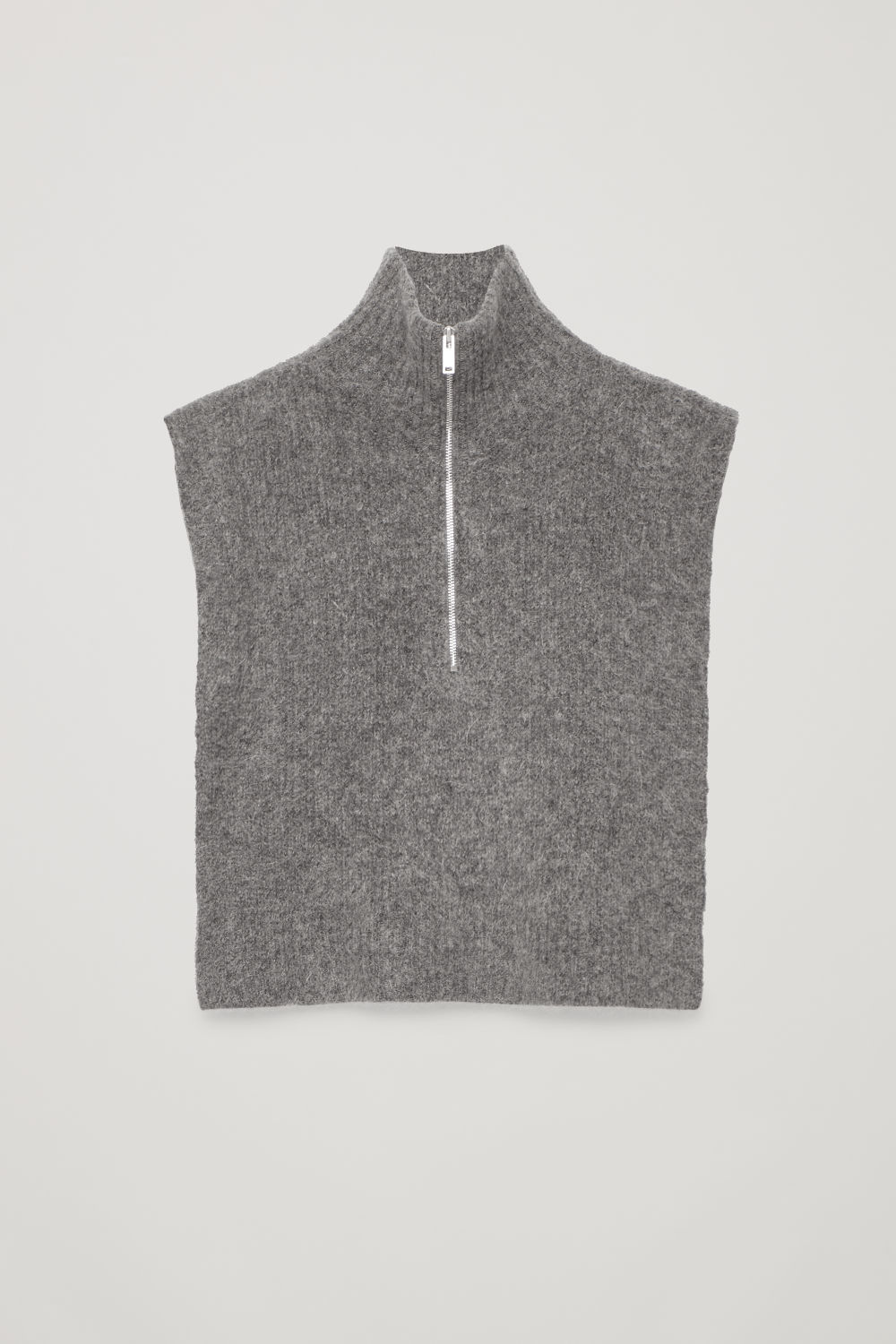 ZIP-UP KNITTED BIB
