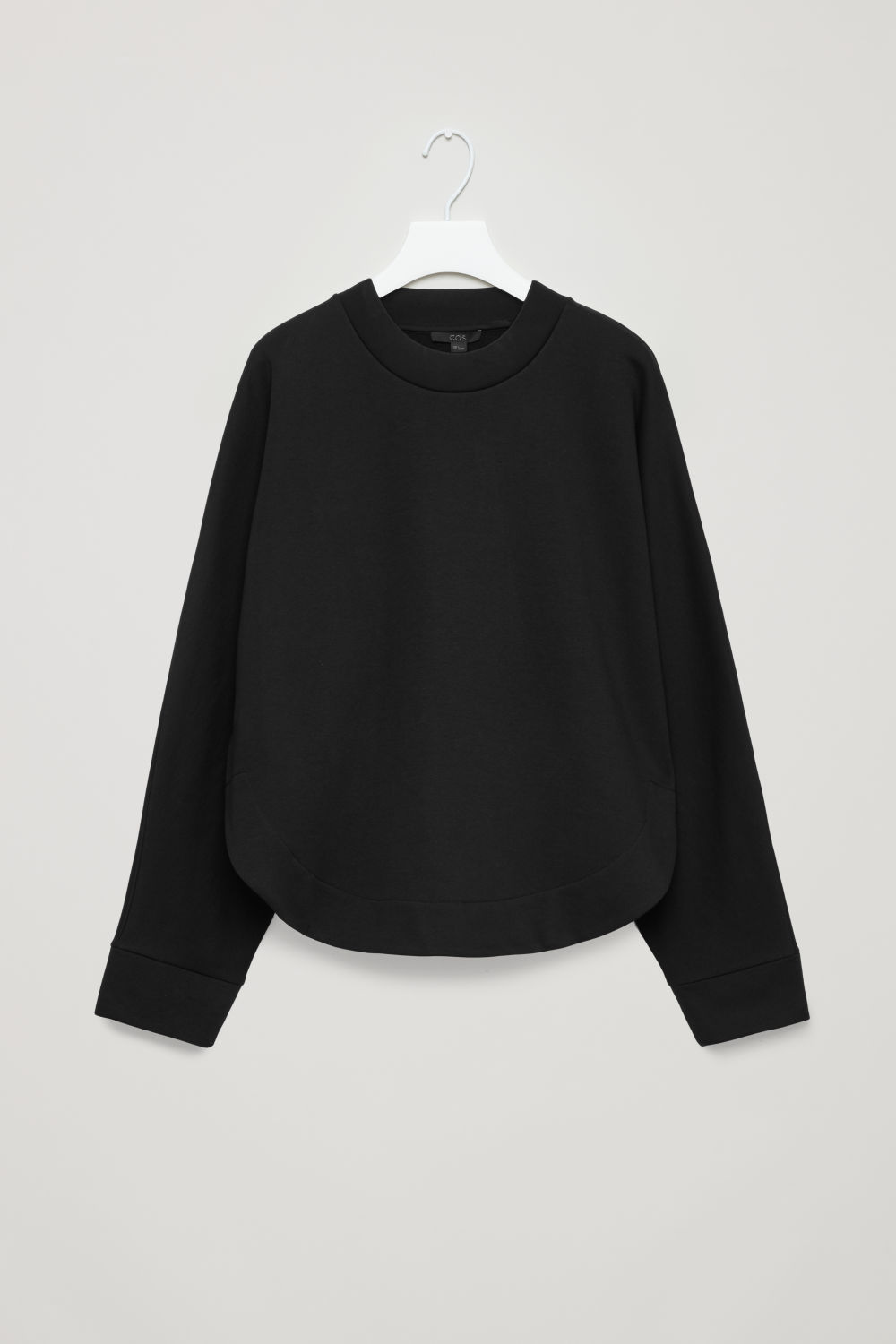SWEATSHIRT WITH CURVED HEM
