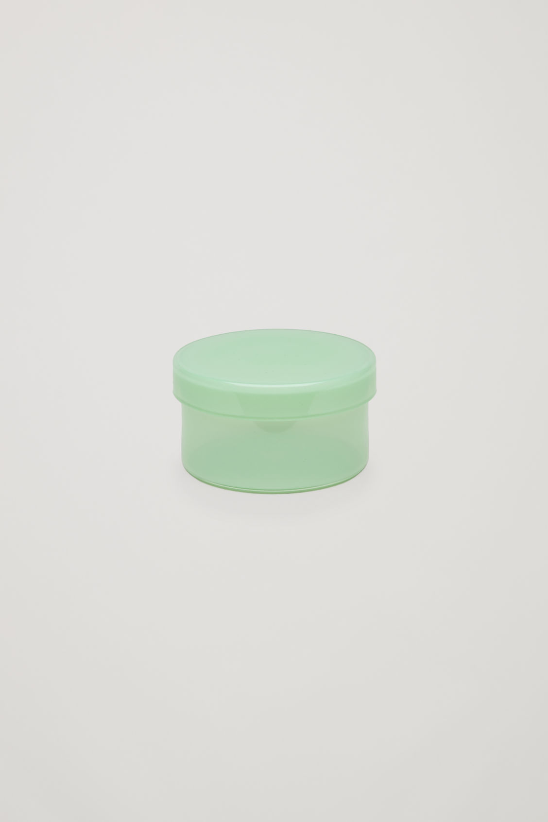 Side image of Cos hay medium container in green