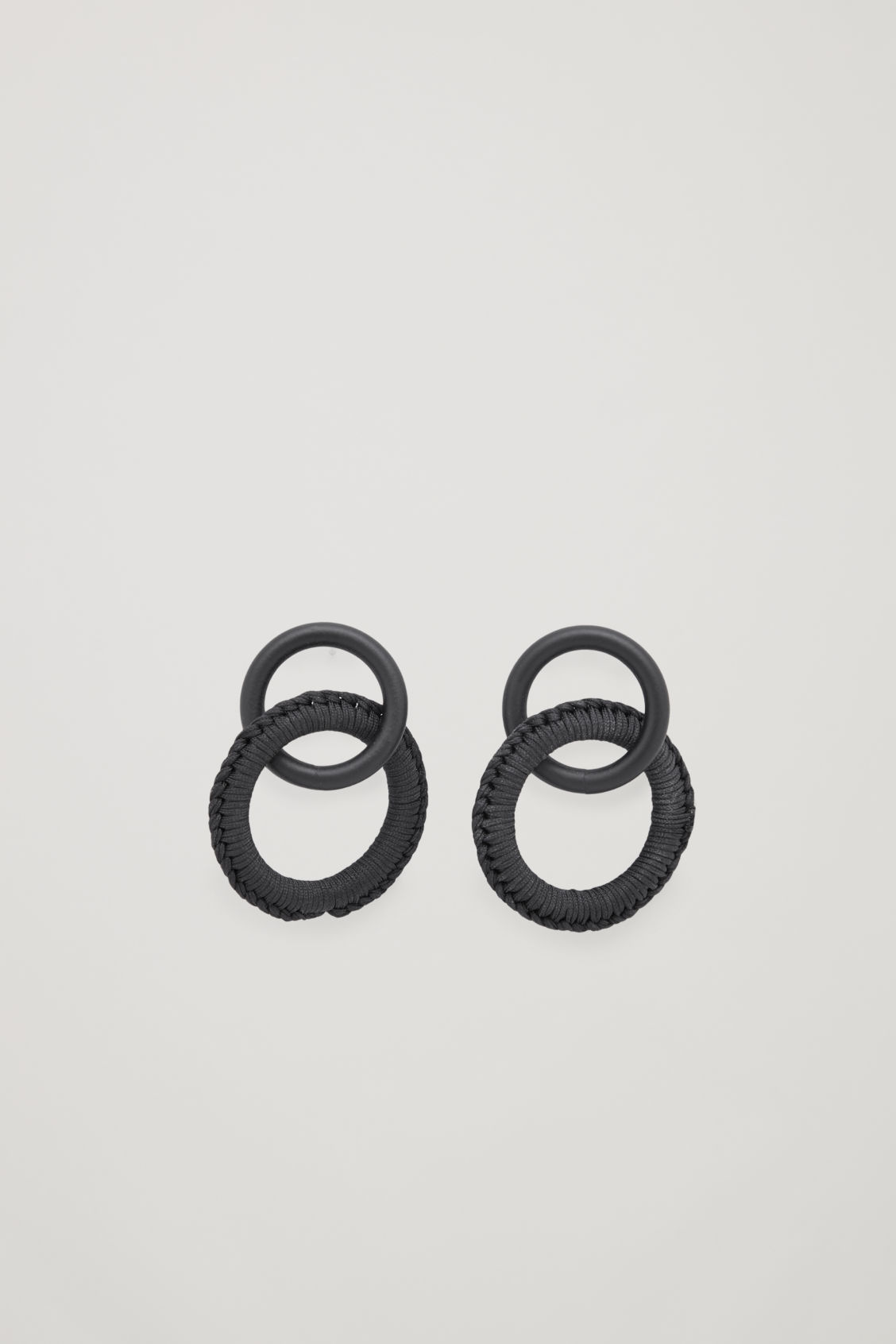 Front image of Cos threaded earrings in black