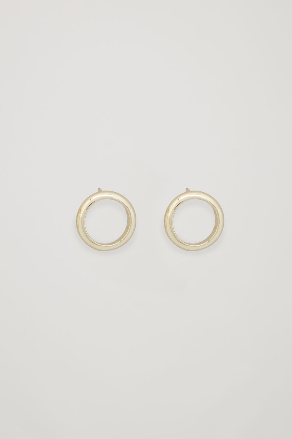 GOLD-PLATED STUD EARRINGS