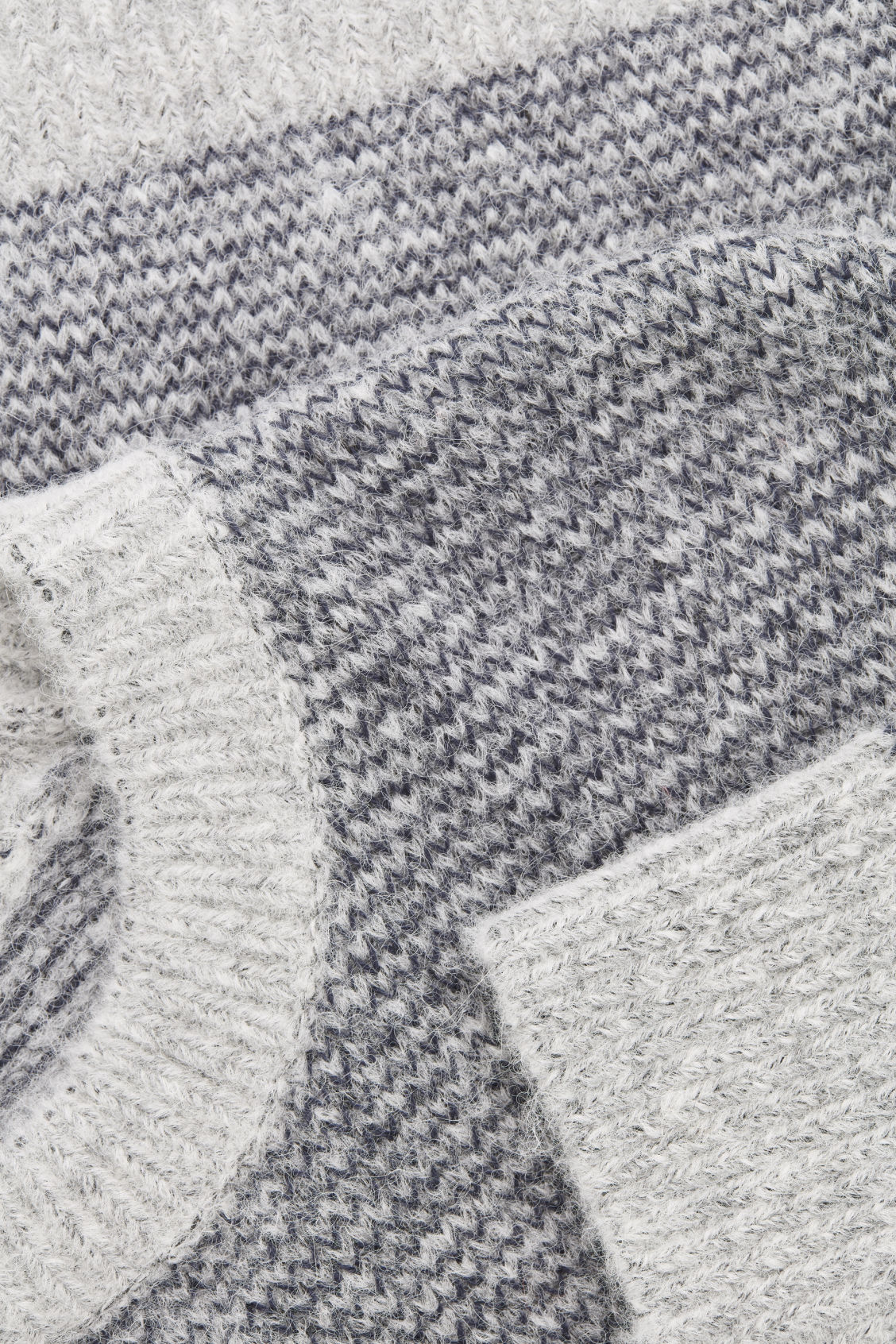 Side image of Cos chunky-knit round-neck jumper in grey