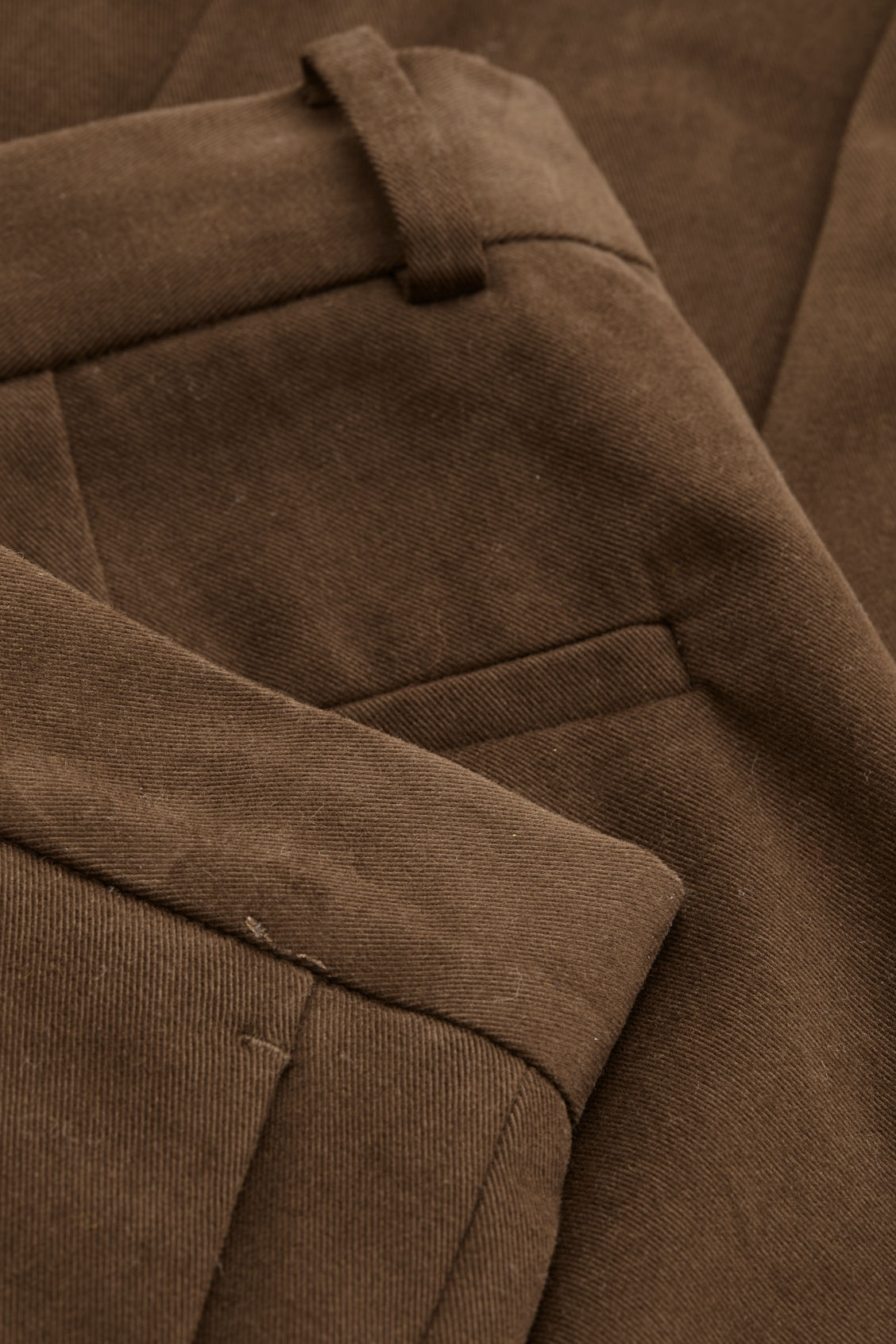 Side image of Cos  in brown