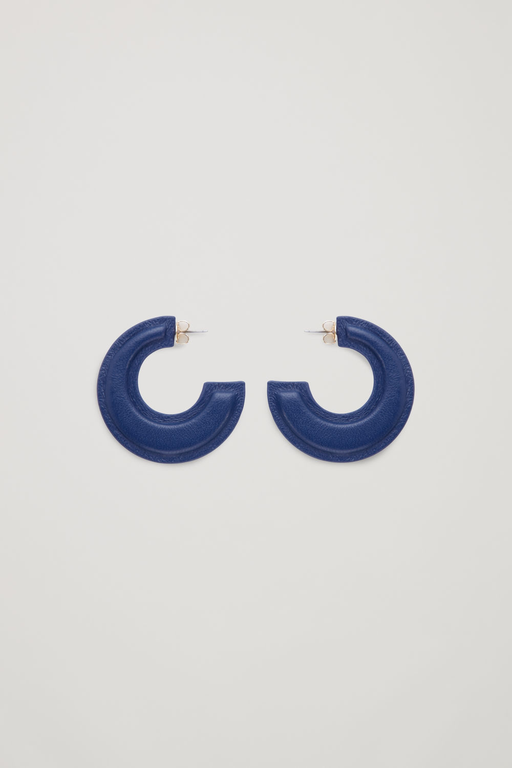 PADDED TWO-TONE LEATHER HOOPS