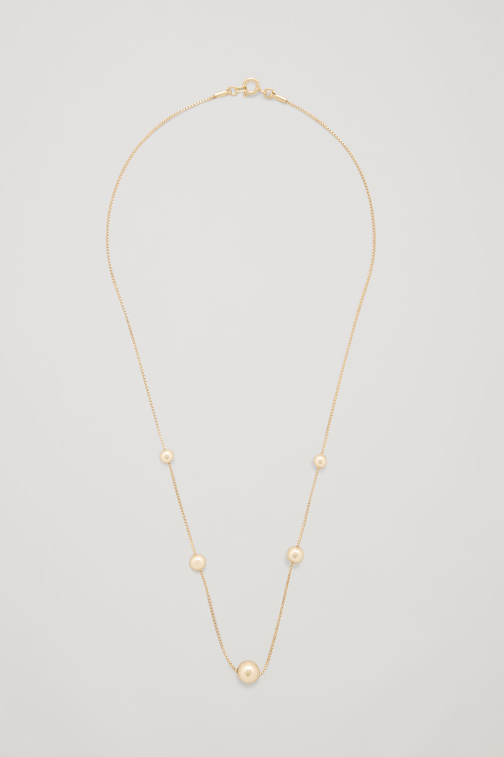 BEADED SHORT CHAIN NECKLACE